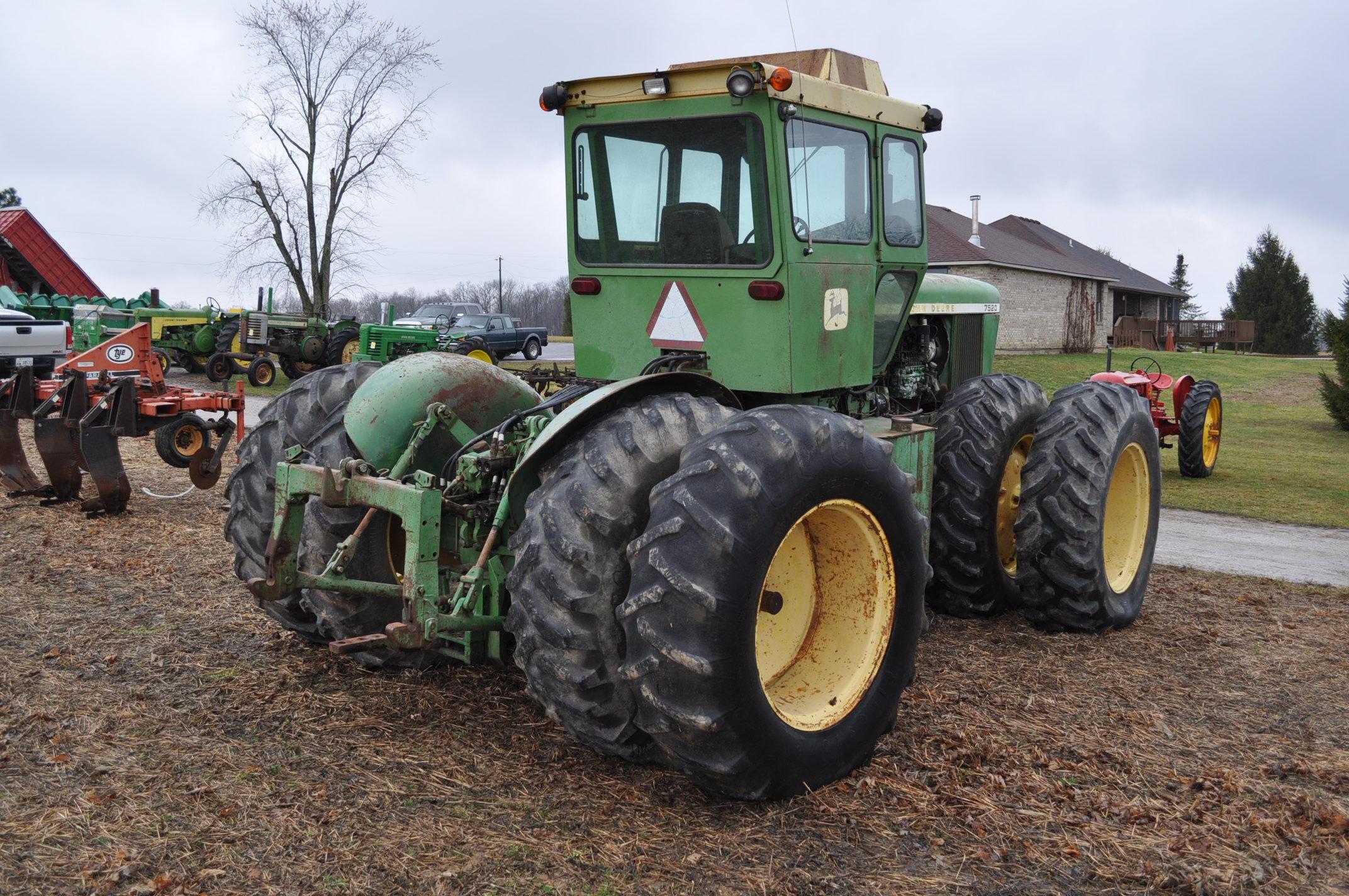 John Deere 7520 tractor, 4WD, diesel, 18.4-34 duals, original fenders, CHA, cab interior kit, 3 - Image 3 of 24