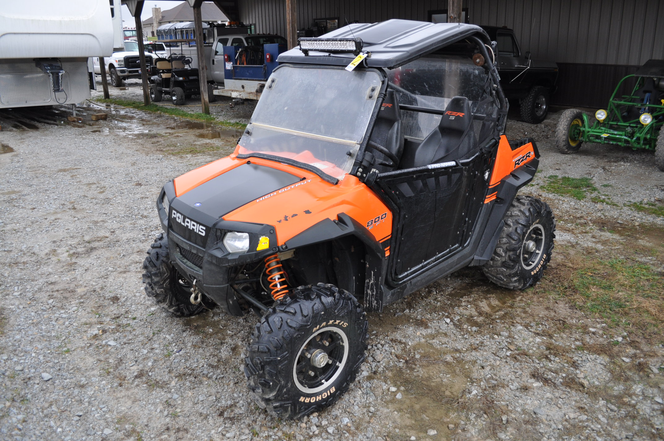 2010 Polaris Ranger RZR, 800 EFI, AT26 x 12 R 12 rear, AT26 x 9 R 12 front, half doors, 102 hrs, 899