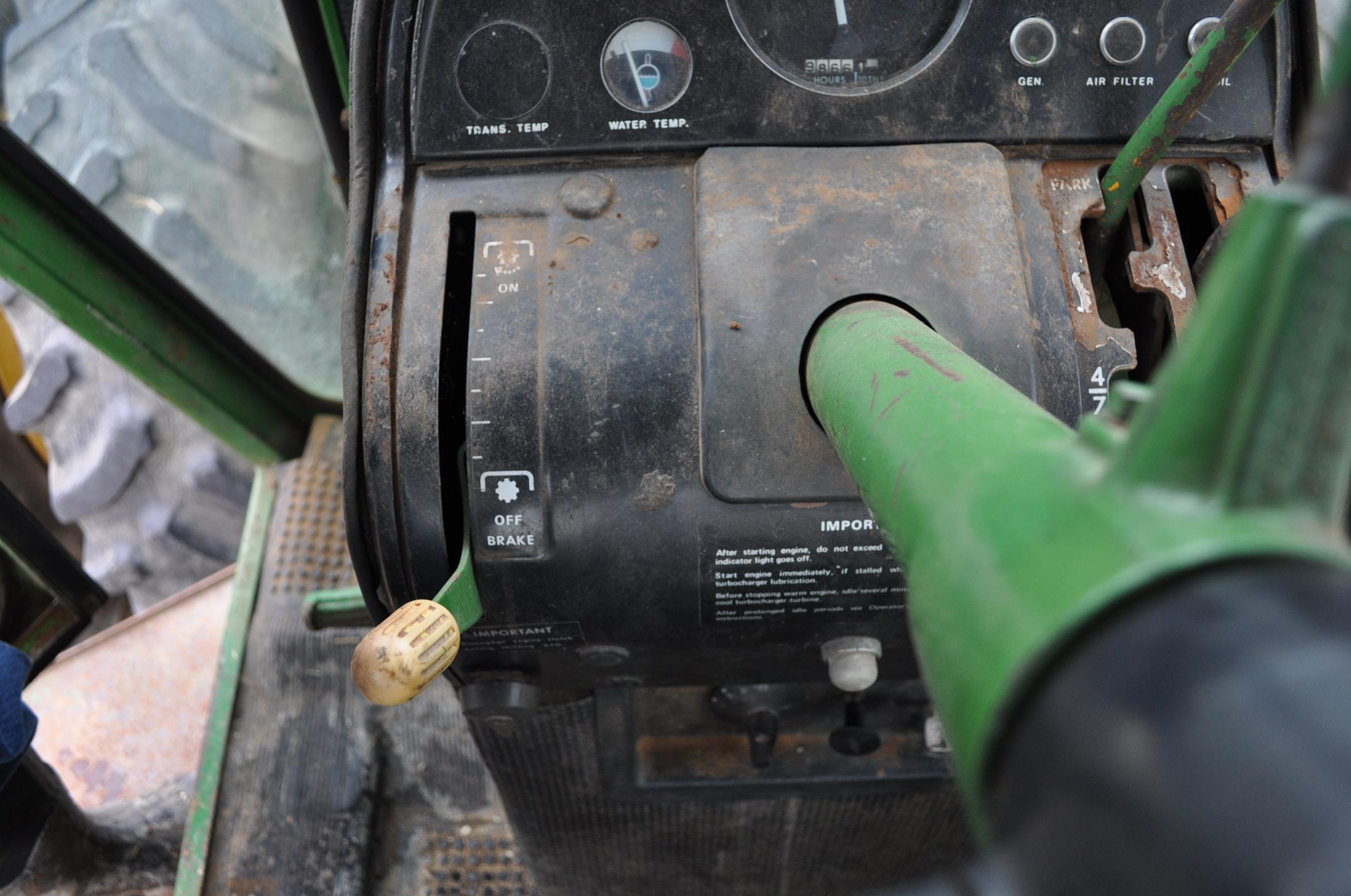 John Deere 7520 tractor, 4WD, diesel, 18.4-34 duals, original fenders, CHA, cab interior kit, 3 - Image 22 of 24