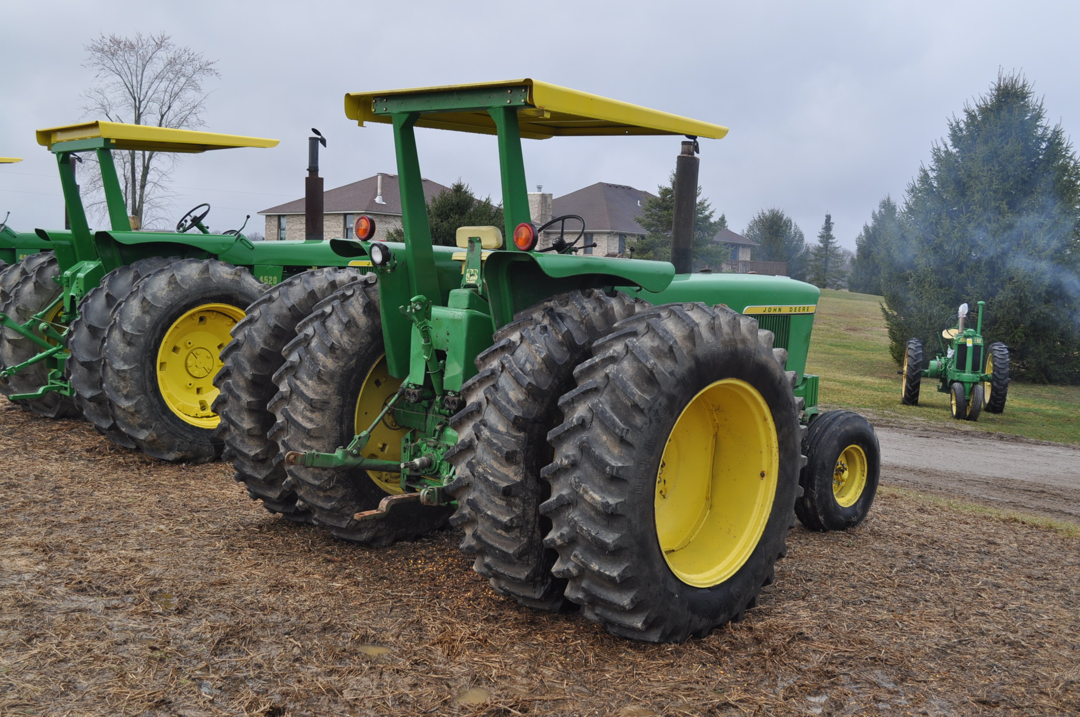 John Deere 4320 tractor, diesel, 18.4-38 duals, 10.00-16 wide front, Syncro, 2 hyd remotes, 540/1000 - Image 3 of 20