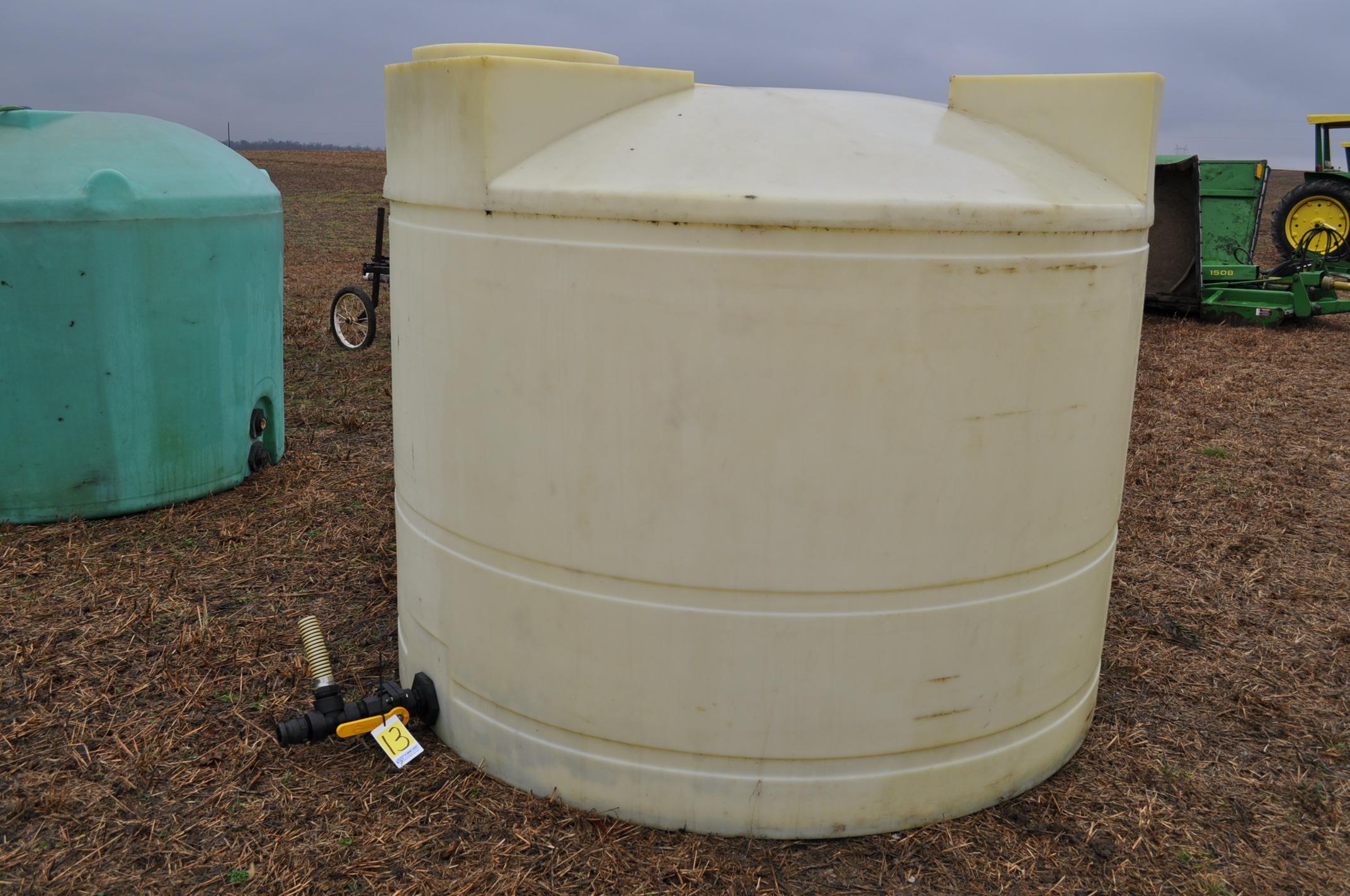 1500 gallon flat bottom poly tank
