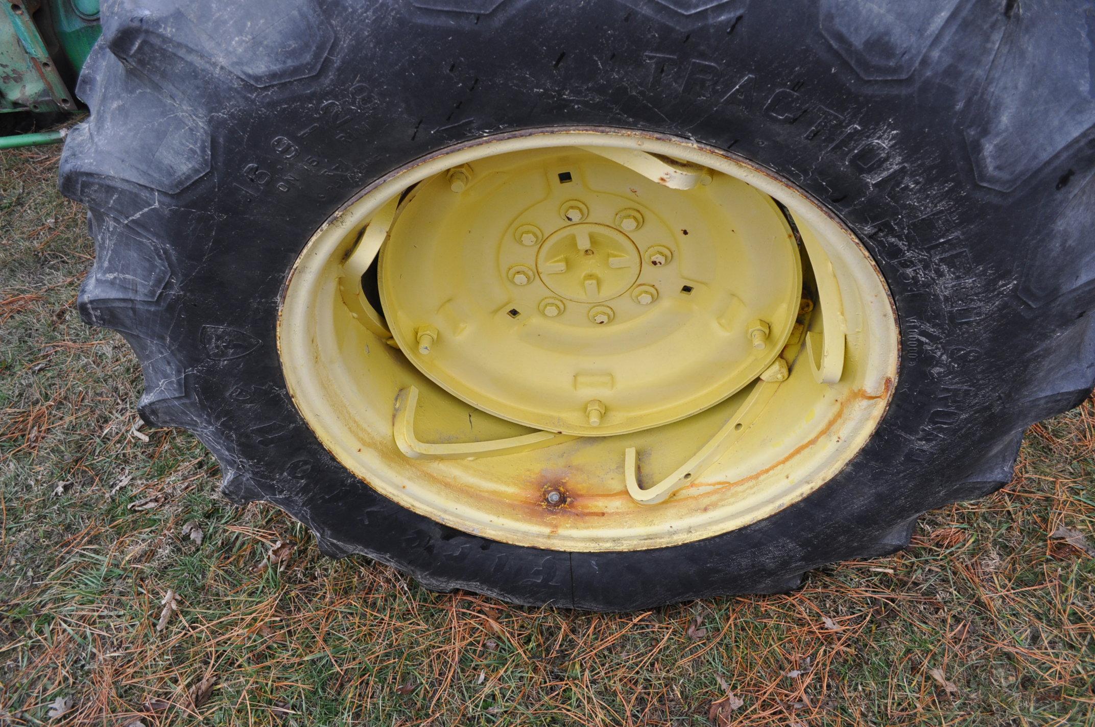 John Deere 2630 tractor, diesel, 16.9-28 rear, 9.5-15 front, 1 hyd remote, 540 pto, 3 pt, 4260 - Image 12 of 18