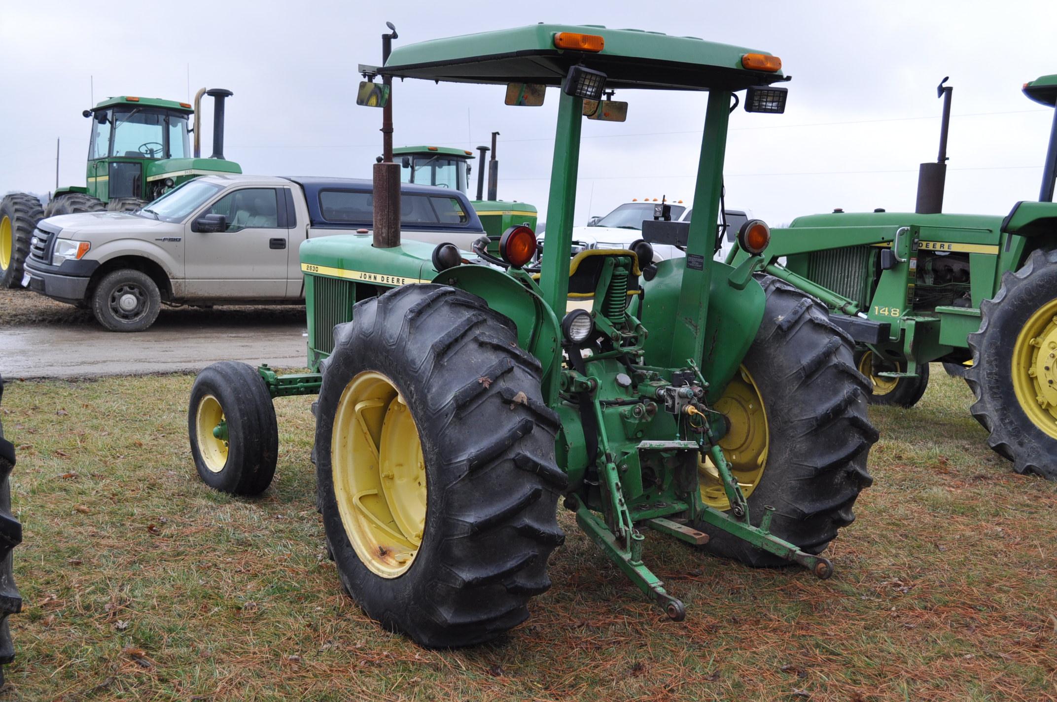 John Deere 2630 tractor, diesel, 16.9-28 rear, 9.5-15 front, 1 hyd remote, 540 pto, 3 pt, 4260 - Image 2 of 18