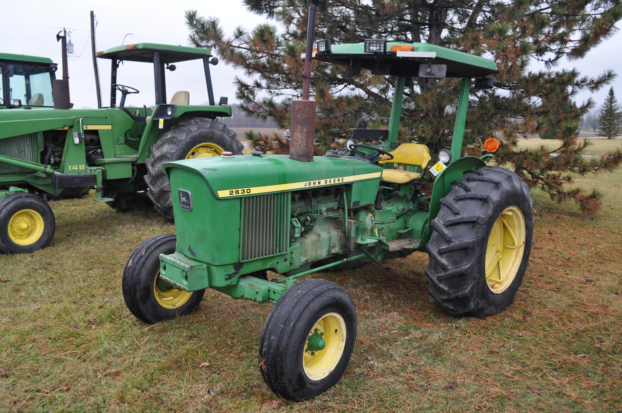 John Deere 2630 tractor, diesel, 16.9-28 rear, 9.5-15 front, 1 hyd remote, 540 pto, 3 pt, 4260