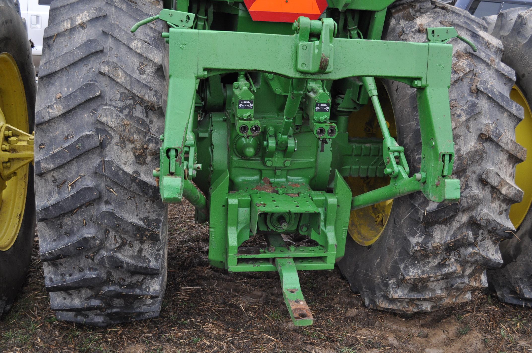 John Deere 4630 tractor, diesel, 20.8-38 hub duals, 14L-16 front, CHA, Quad range, 2 hyd remotes, - Image 11 of 22