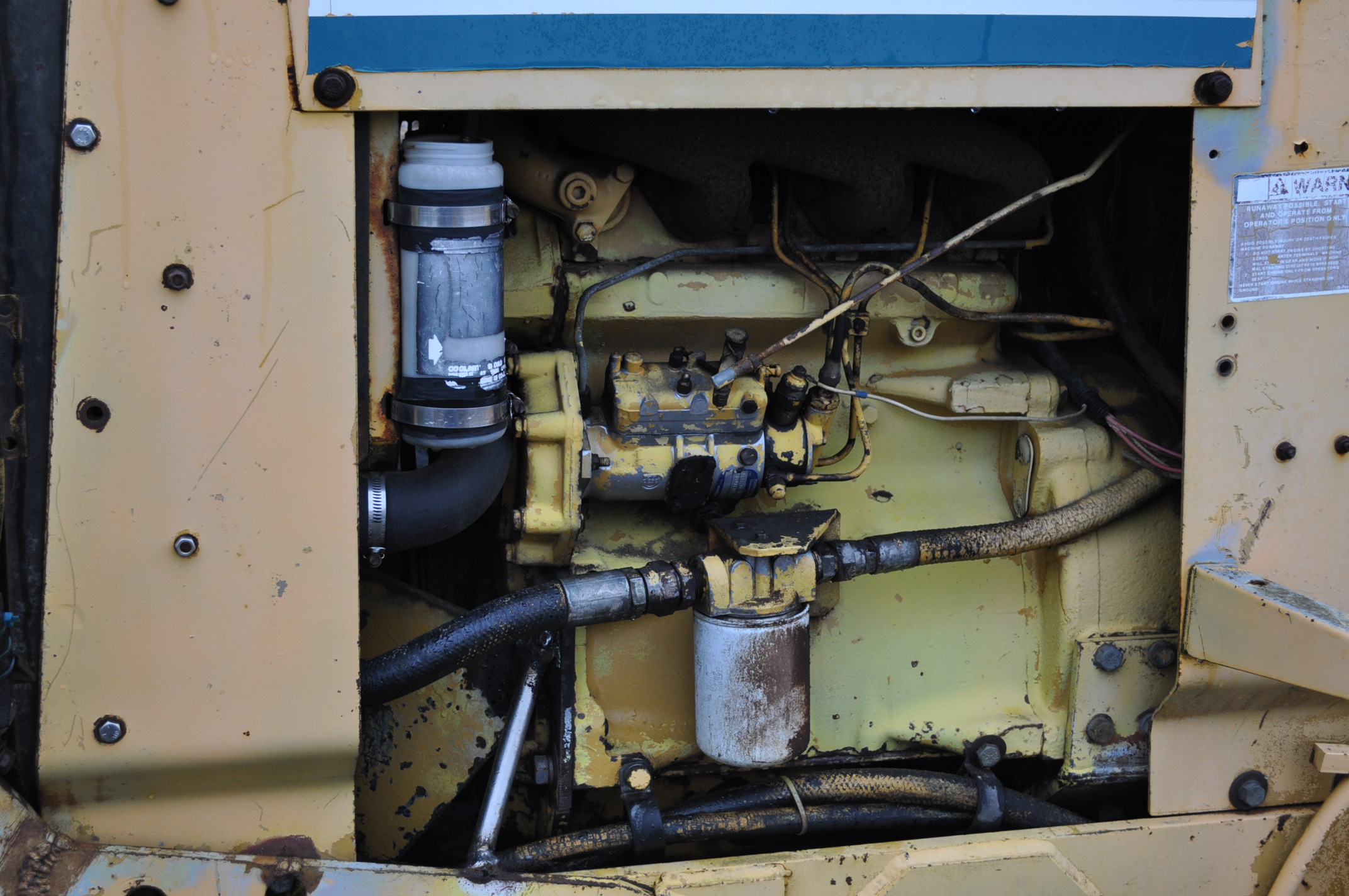 Vermeer V450 Trencher, parts machine, backhoe attachment, JD diesel, SN 1VRF082L2H1000460 - Image 5 of 15