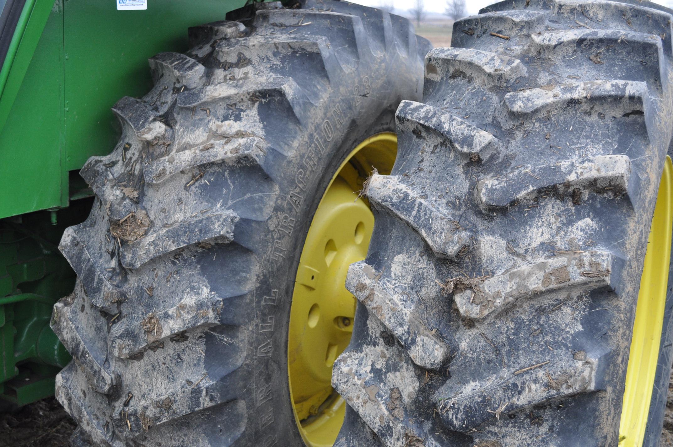 John Deere 4630 tractor, diesel, 20.8-38 hub duals, 14L-16 front, CHA, Quad range, 2 hyd remotes, - Image 6 of 22