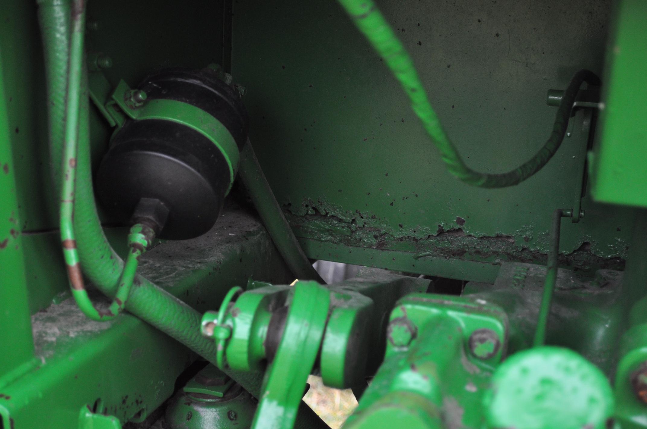 John Deere 4230 tractor, diesel, 18.4-34 hub duals, 10.00-16 front, CHA, Quad range, 2 hyd - Image 18 of 23