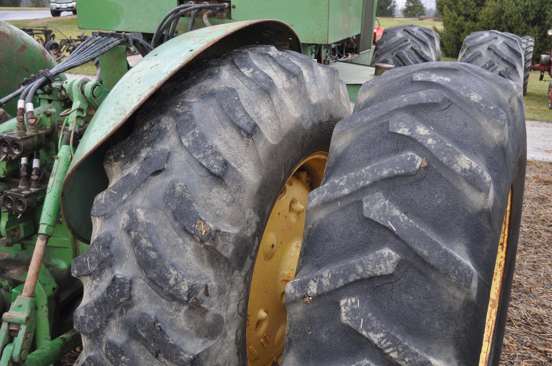 John Deere 7520 tractor, 4WD, diesel, 18.4-34 duals, original fenders, CHA, cab interior kit, 3 - Image 7 of 24