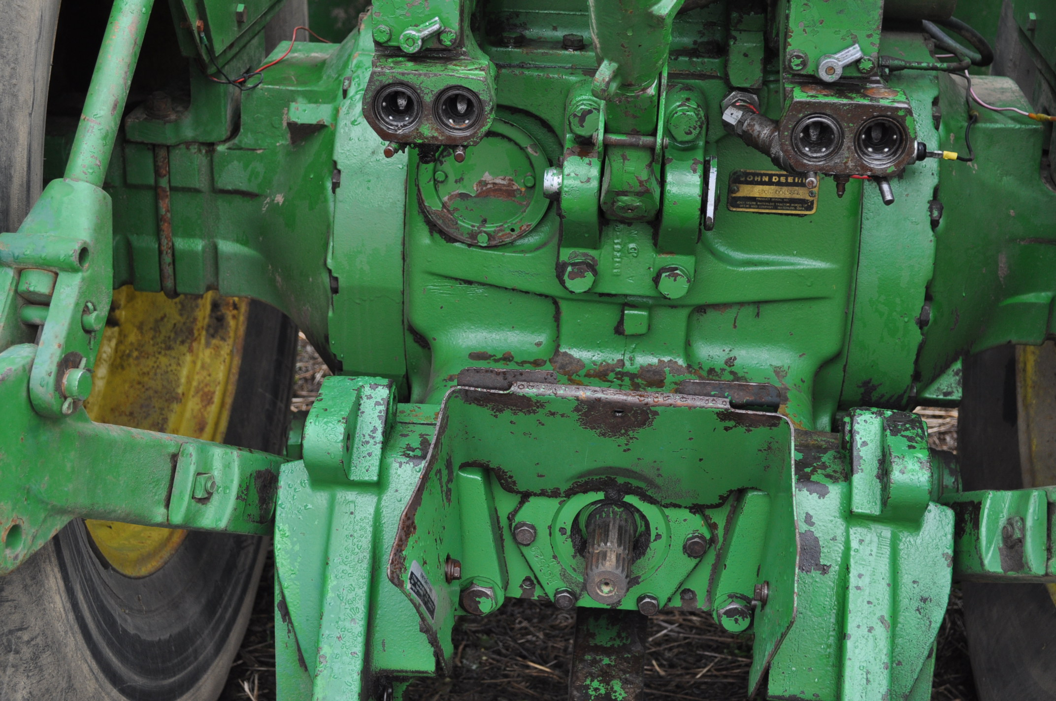 John Deere 8430 tractor, 4WD, diesel, 20.8-34 duals, CHA, Quad range, 3 hyd remotes, 1000 pto, 3 pt, - Image 12 of 19