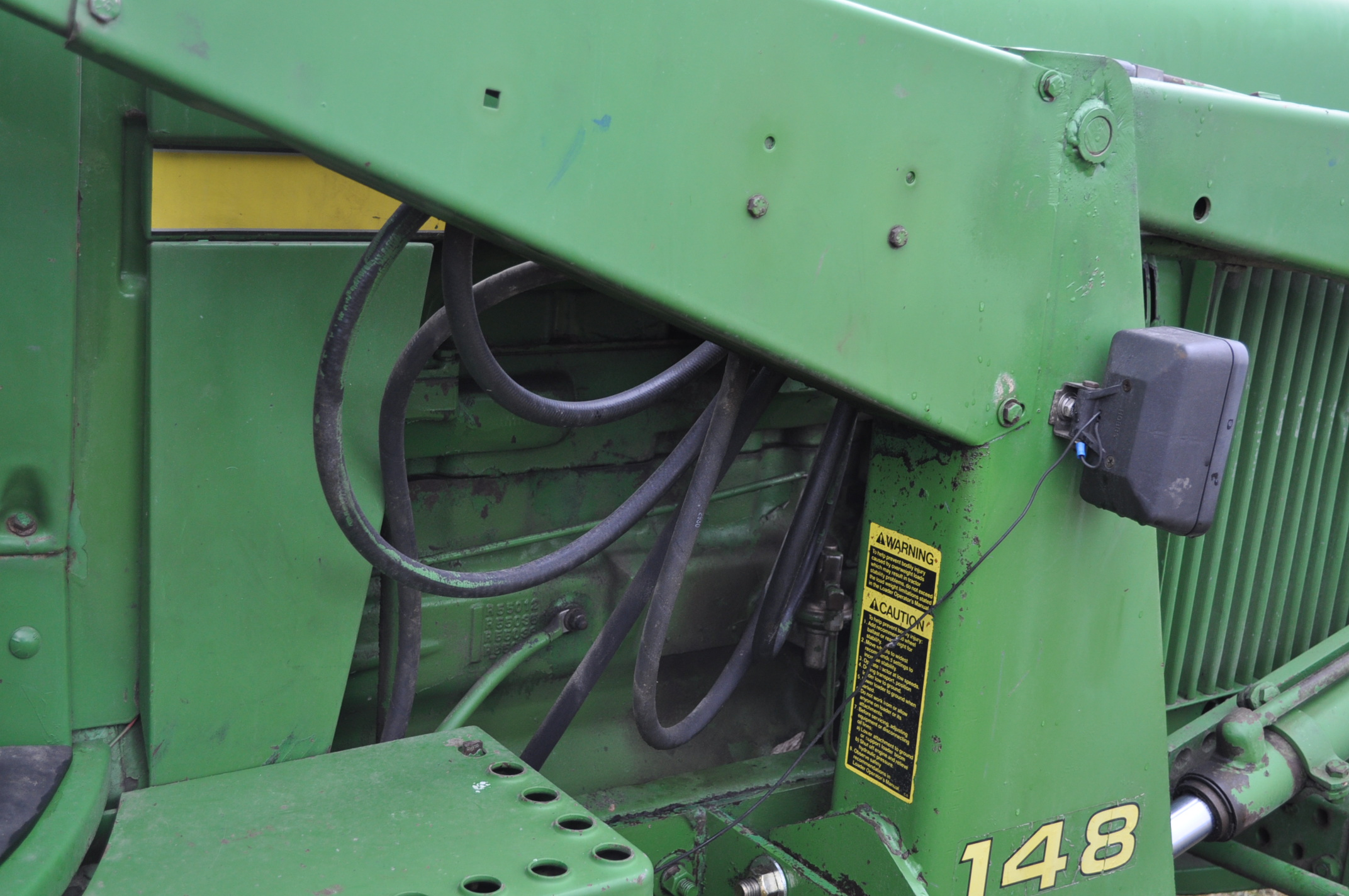 John Deere 4030 tractor, diesel, 18.4-34 rear duals, rear wts, 9.5-15 front, 4-post canopy, Syncro, - Image 16 of 26