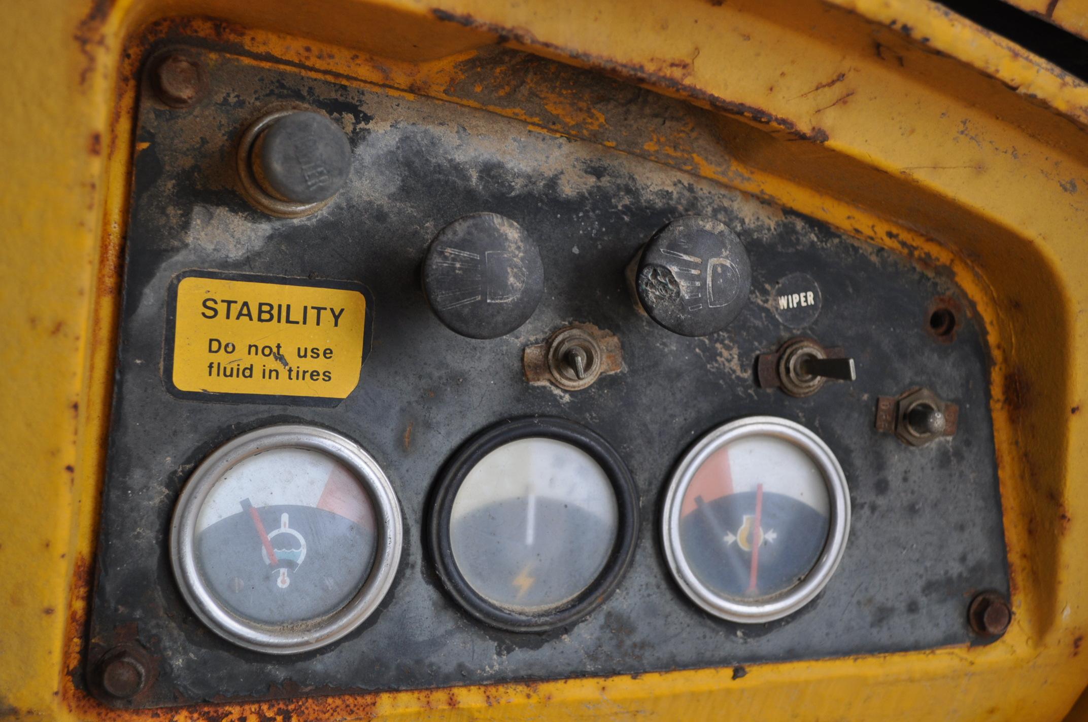 John Deere 544 Payloader, 17.5-25 tires, shows 1074 hrs, SN 0767621 - Image 16 of 16