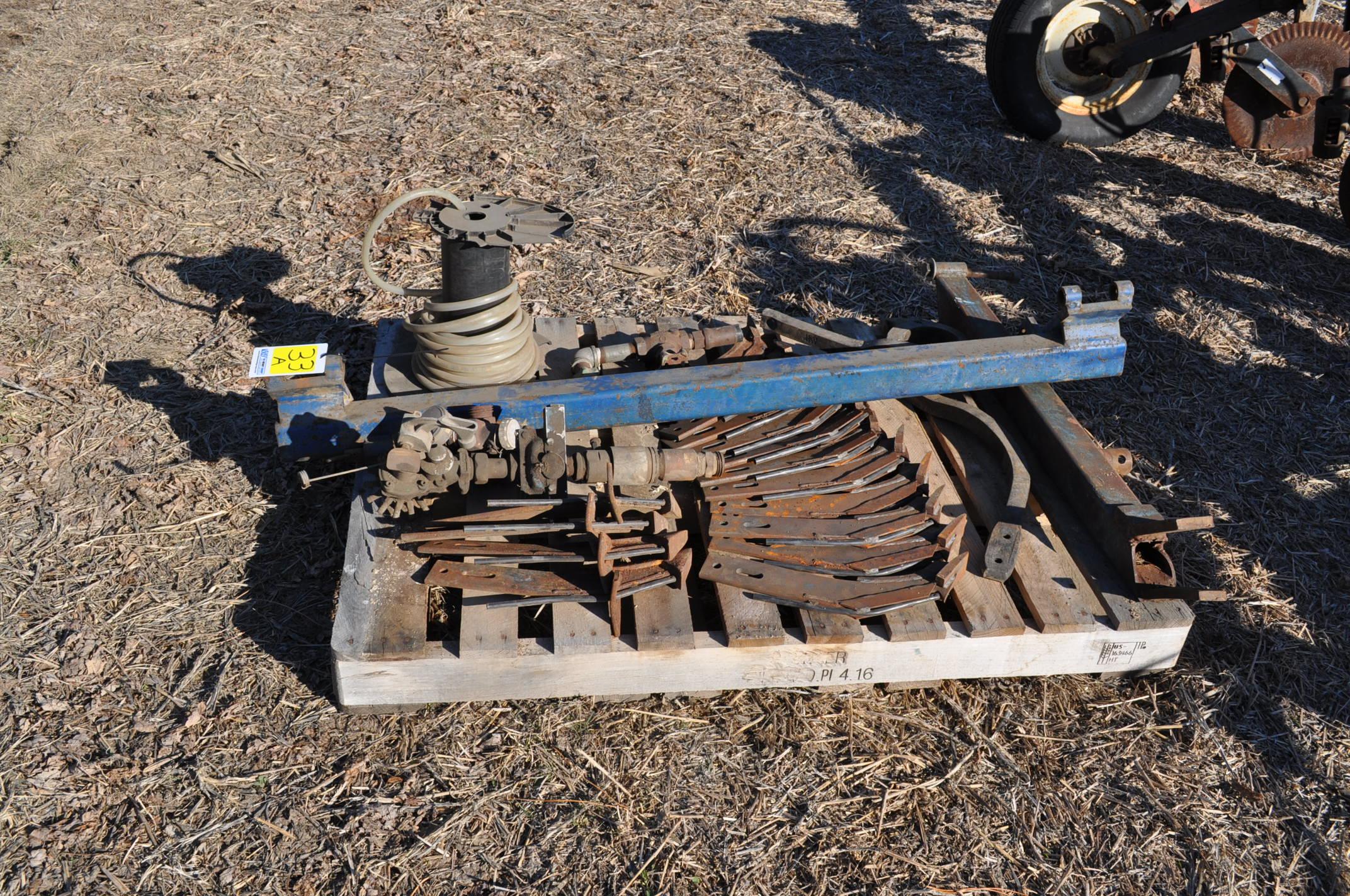 NH3 knives and parts - Image 2 of 3