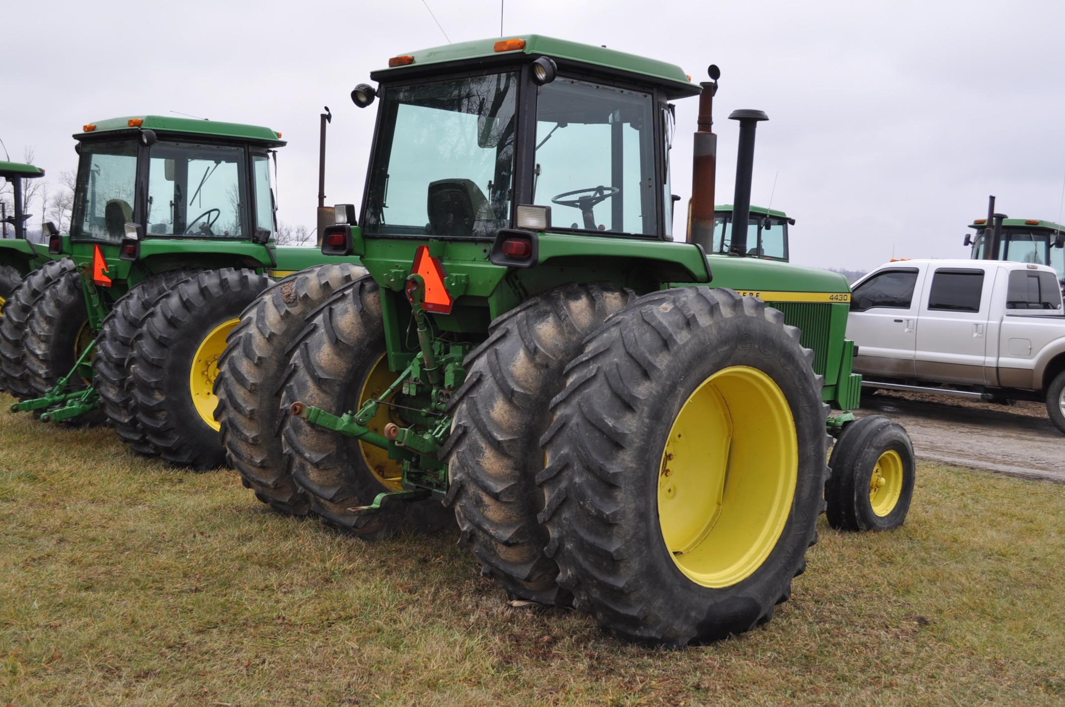 John Deere 4430 tractor, diesel, 18.4-34 hub duals, 10.00-16 front, CHA, Quad range, 2 hyd - Image 3 of 20