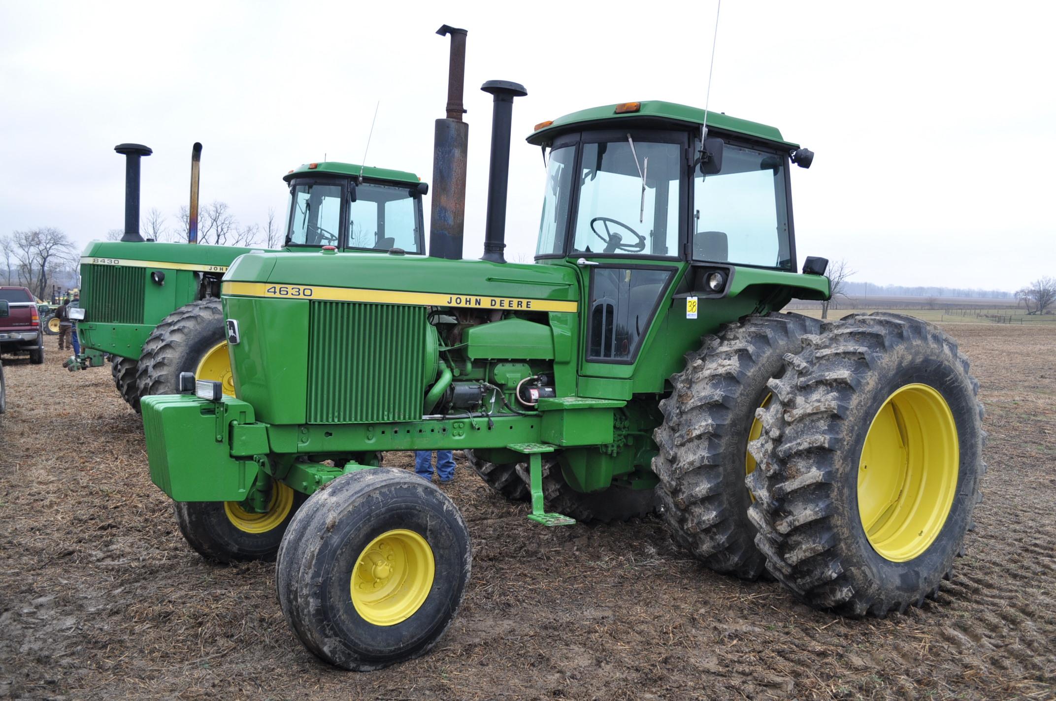 John Deere 4630 tractor, diesel, 20.8-38 hub duals, 14L-16 front, CHA, Quad range, 2 hyd remotes,