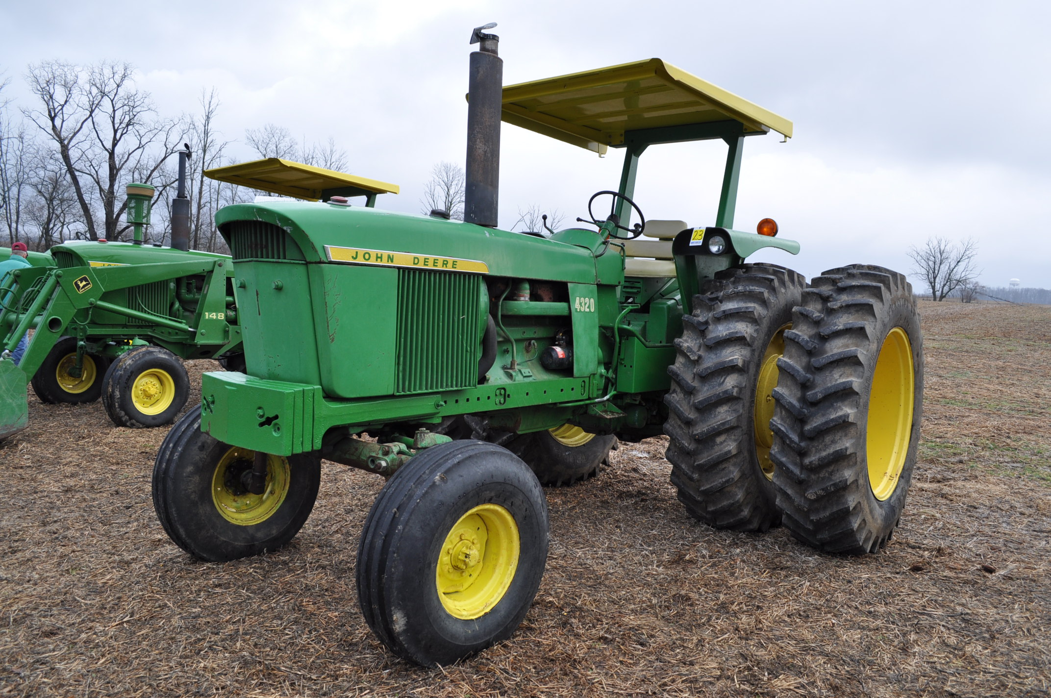 John Deere 4320 tractor, diesel, 18.4-38 duals, 10.00-16 wide front, Syncro, 2 hyd remotes, 540/1000