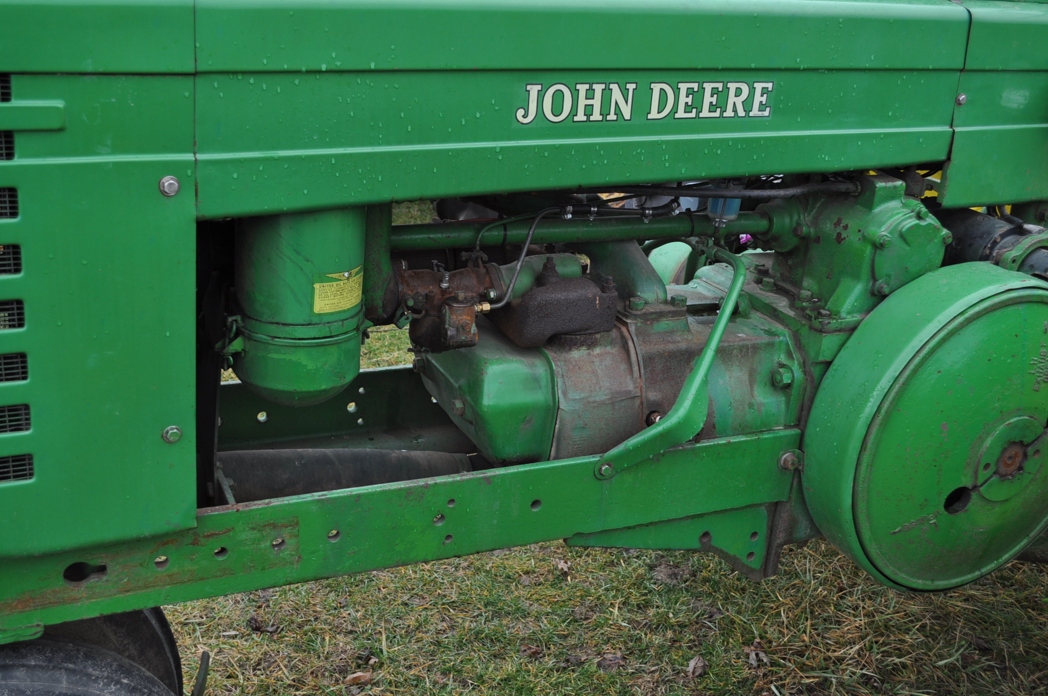 1942 John Deere Styled A, New 12.4-38 rear tires, narrow front, 540 pto - Image 10 of 15