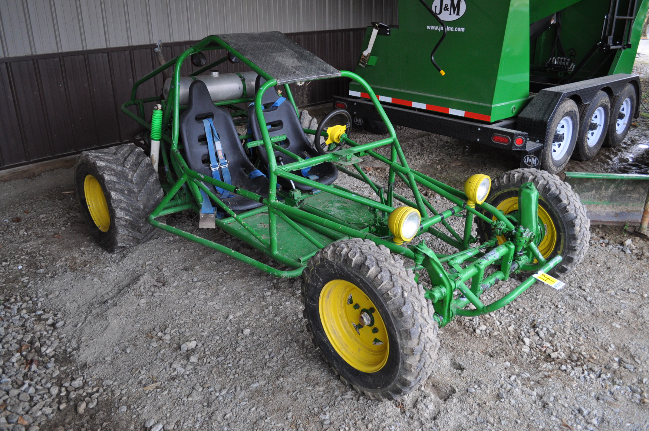 Dune buggy, VW air-cooled gas engine, 31 x 15.5-15 rear, 6.70-15LT front - Image 2 of 10