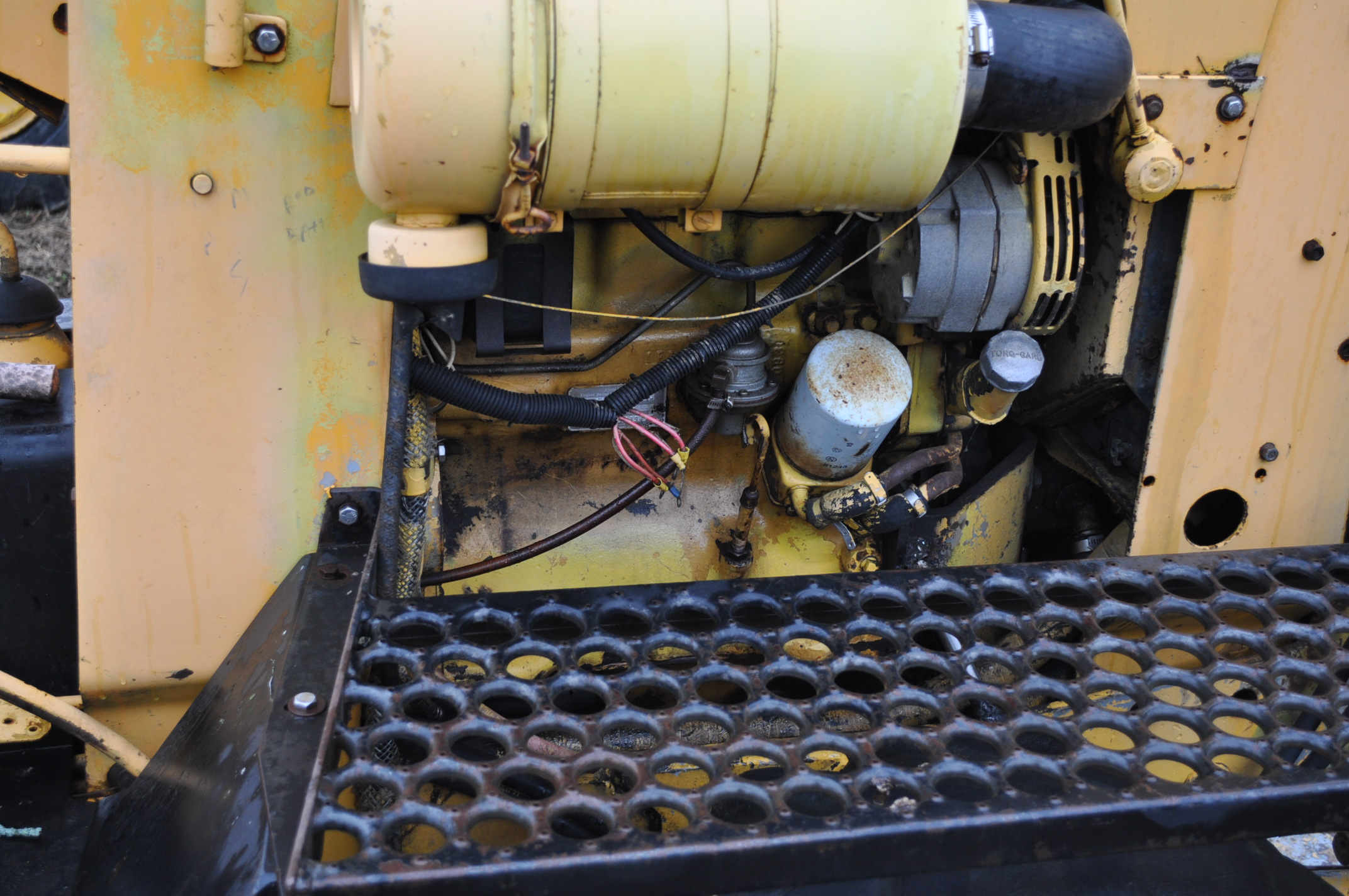 Vermeer V450 Trencher, parts machine, backhoe attachment, JD diesel, SN 1VRF082L2H1000460 - Image 11 of 15