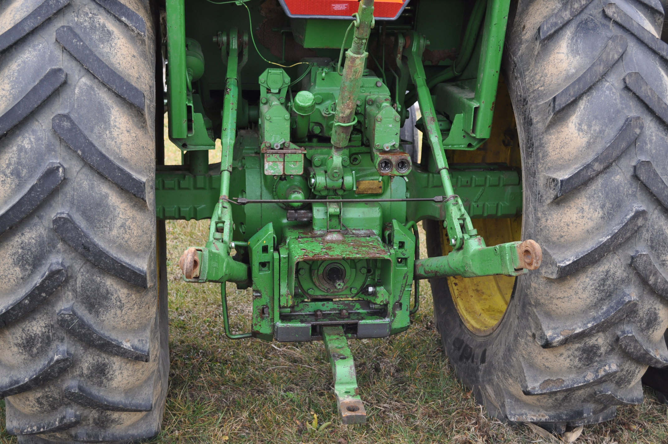 John Deere 4430 tractor, diesel, 18.4-34 hub duals, 10.00-16 front, CHA, Quad range, 2 hyd - Image 11 of 20