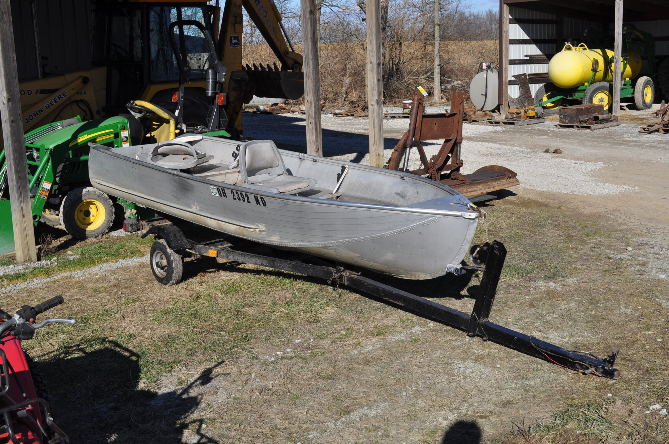 13 ½' aluminum boat w/ trailer, no motor, NO TITLE - Image 2 of 6