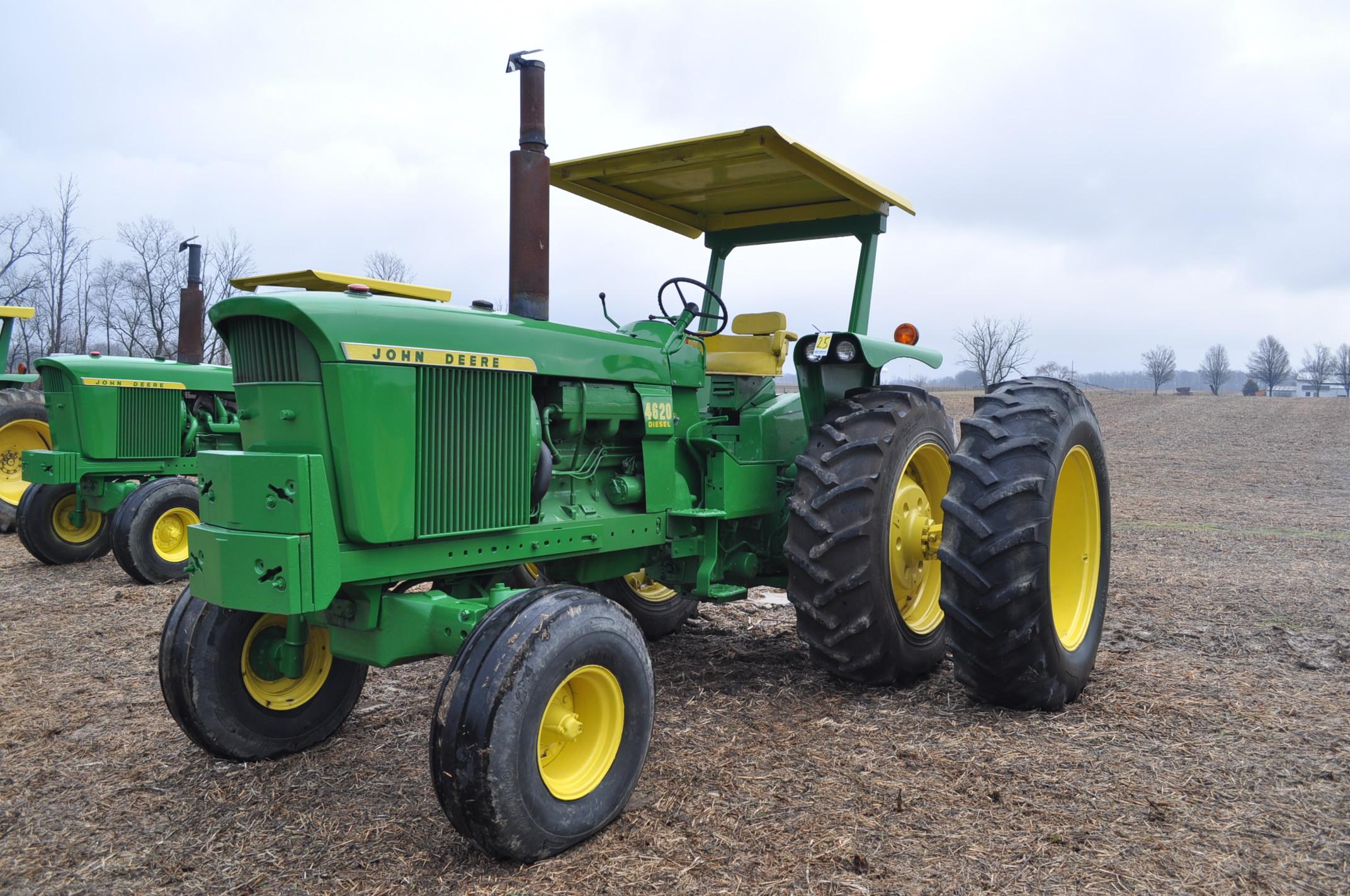 John Deere 4520 tractor, ***4520 frame with 4620 engine**** diesel, 18.4-38 new inside rear