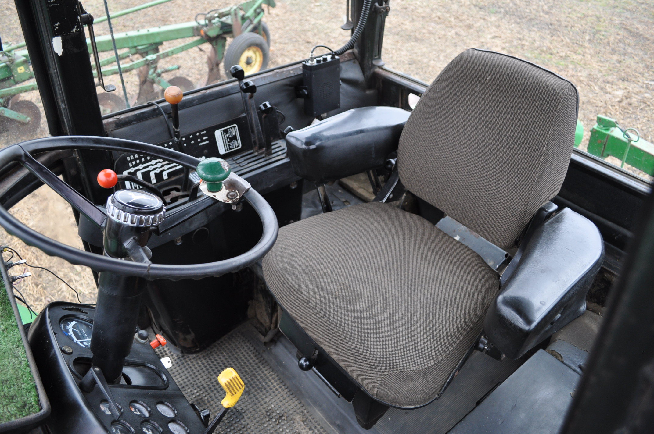John Deere 8430 tractor, 4WD, diesel, 20.8-34 duals, CHA, Quad range, 3 hyd remotes, 1000 pto, 3 pt, - Image 14 of 19