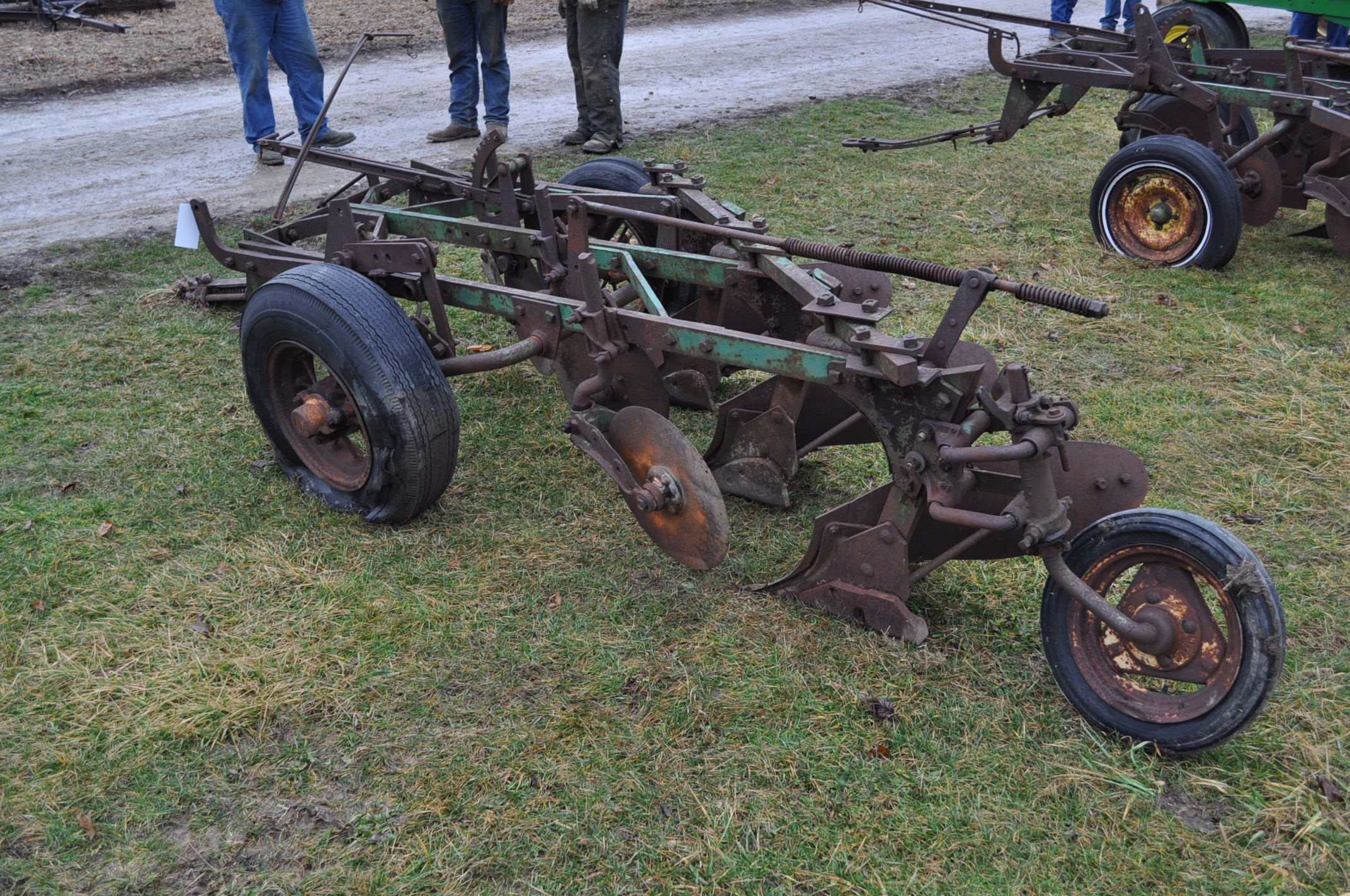 "John Deere 3-btm x 16"" plow, pull-type - Image 3 of 6"