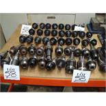 A quantity of approx 50 machine tool collet chucks, as lotted