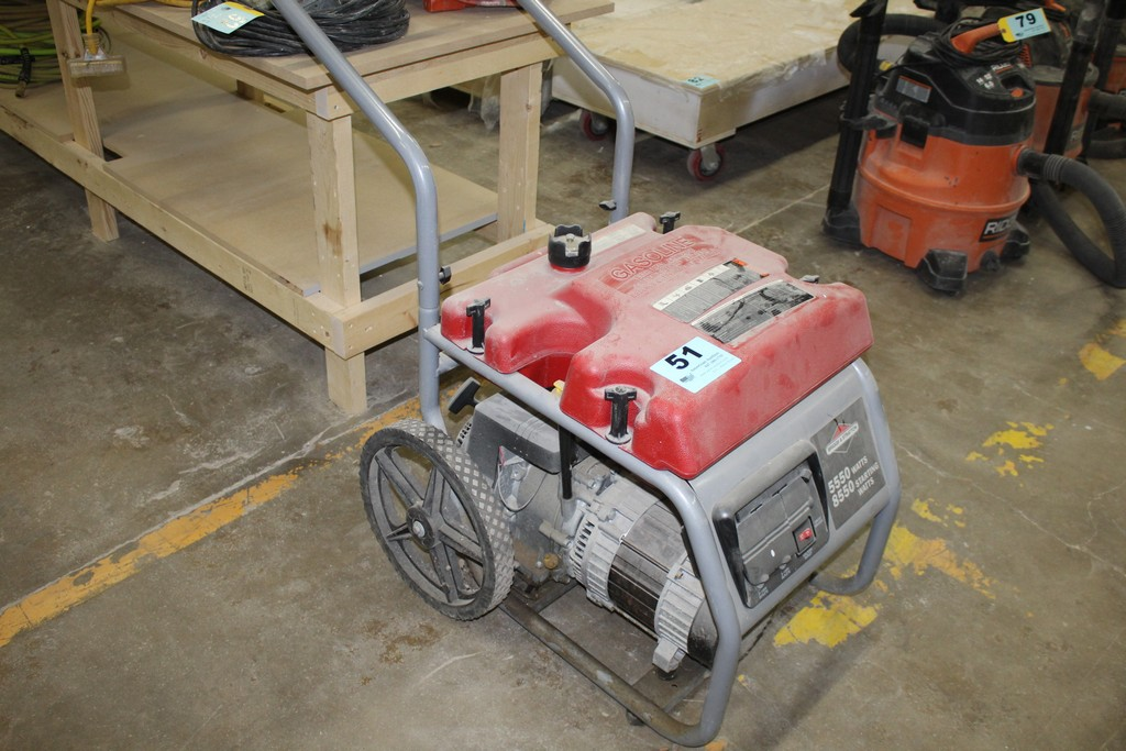 BRIGGS & STRATTON 5500-8550 WATT 10 HP GAS POWERED PORTABLE GENERATOR