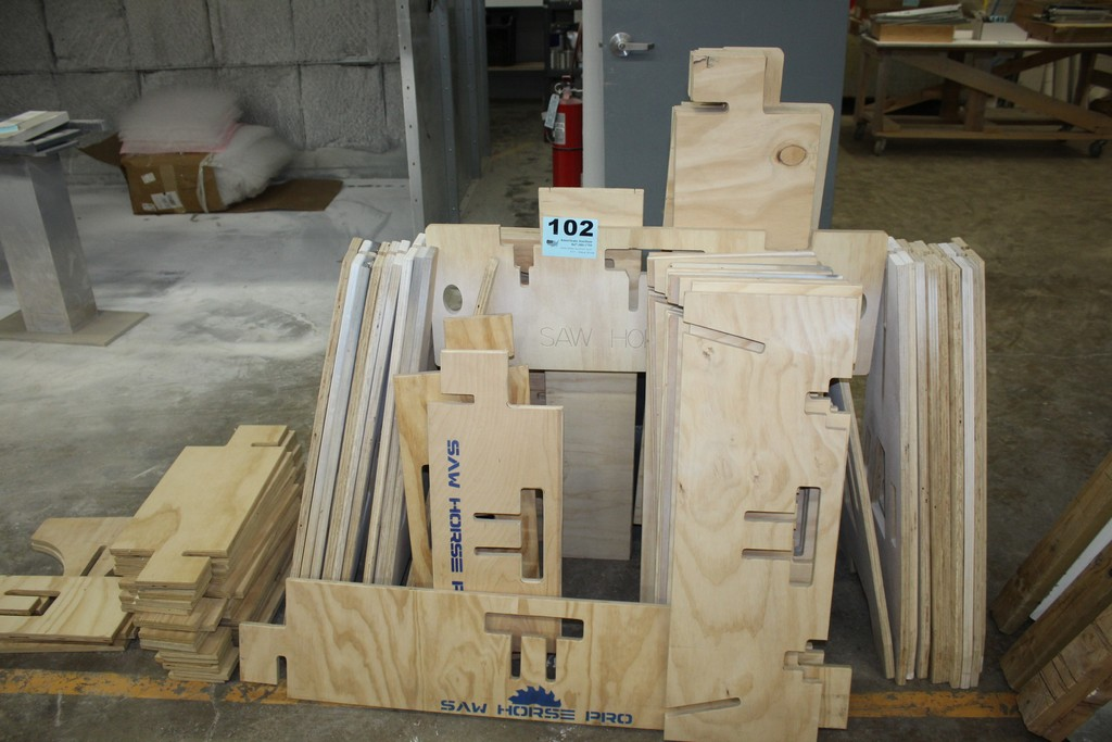 LARGE QTY OF SAW HORSE PRO COMPONENTS