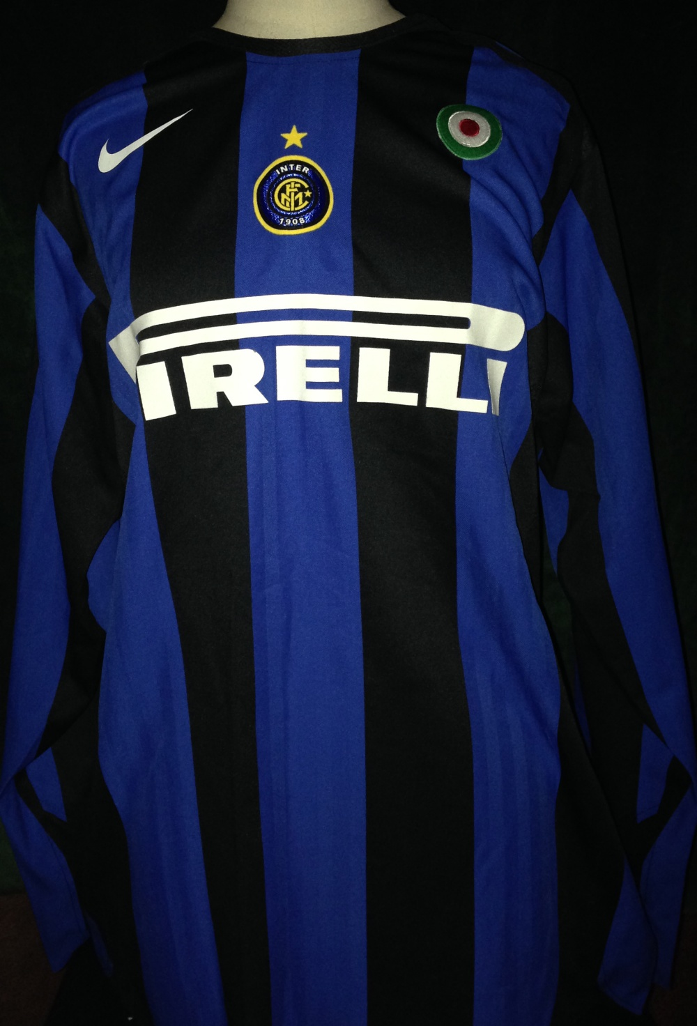 brand new f1231 f230a Match Worn Football Shirt: Inter Milan home shirt 2005/6 ...