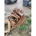 2.6' Excavator Digging Foot Bucket, 3 ton