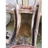 Excavator Digging Bucket Attachment, 20 ton