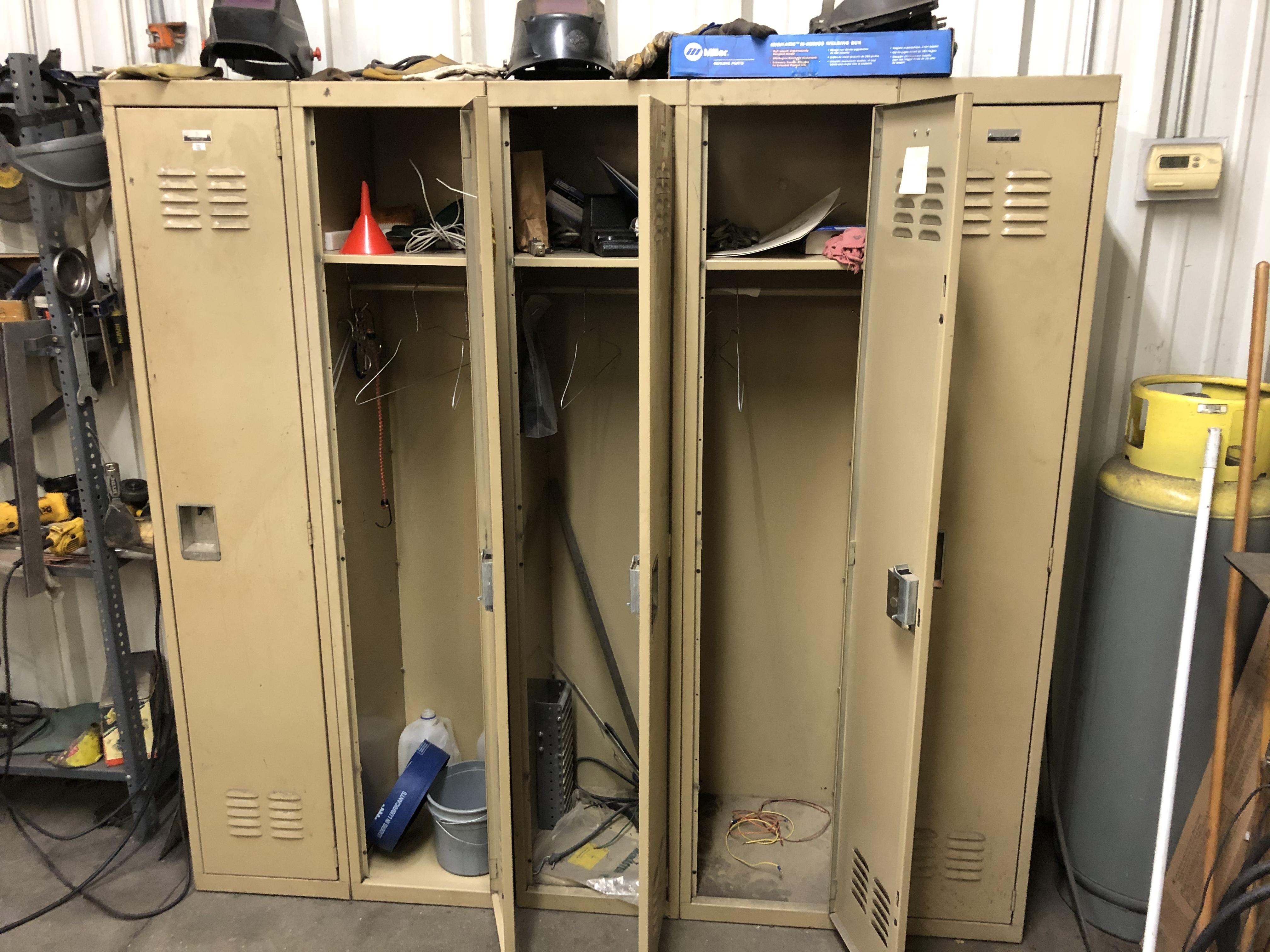 Set of 5 Lockers - Image 2 of 3