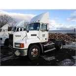 Lot 4 - 2000 MACK CH612 TRUCK TRACTOR, MACK 6 CYL. DIESEL, 10-SPD. HI-LOW MAN. TRANS, S/A, AIR BRAKES,
