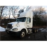 Lot 1 - 2005 FREIGHTLINER CL120 TRUCK TRACTOR, DETROIT 60 SERIES, 6 CYL,. TURBO DIESEL ENG., EATON FULLER,