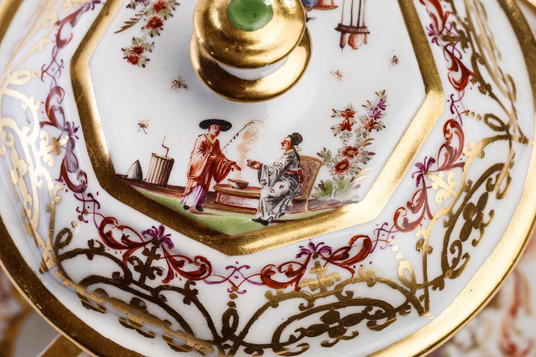 Kleines Deckelgefäß, Meissen 1725/30 - Bild 3 aus 6