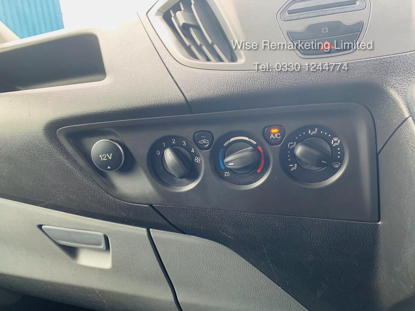 Ford Transit Custom 2.2 TDCI 290 **HIGH ROOF** - 2016 Model - AIR CON- 1 OWNER- FSH- RARE VAN!! - Image 17 of 24