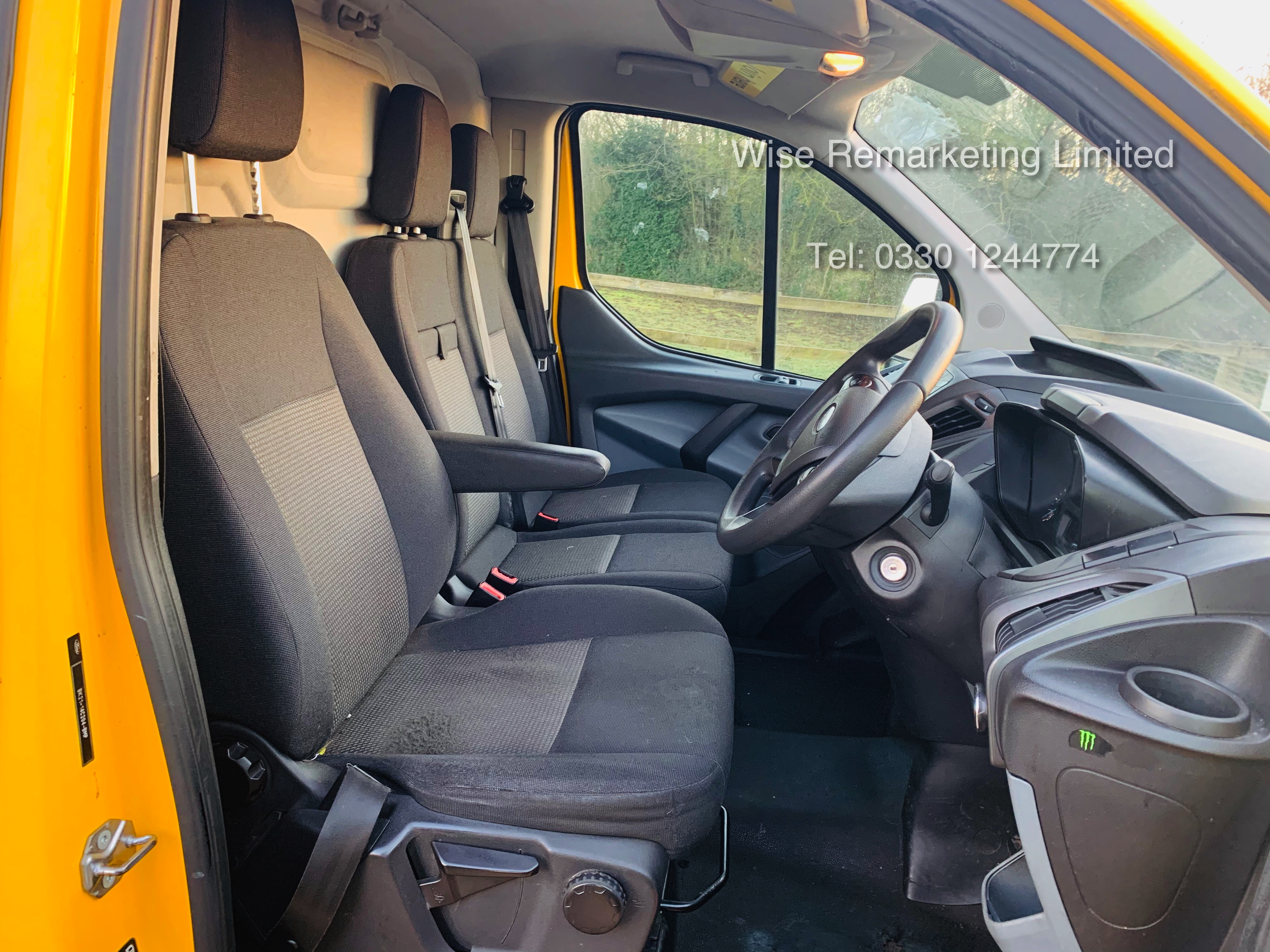 Ford Transit Custom 2.2 TDCI 310 Eco-Tech - 2016 Model - 1 Keeper From New - Air Con - Ex AA Van - Image 13 of 23