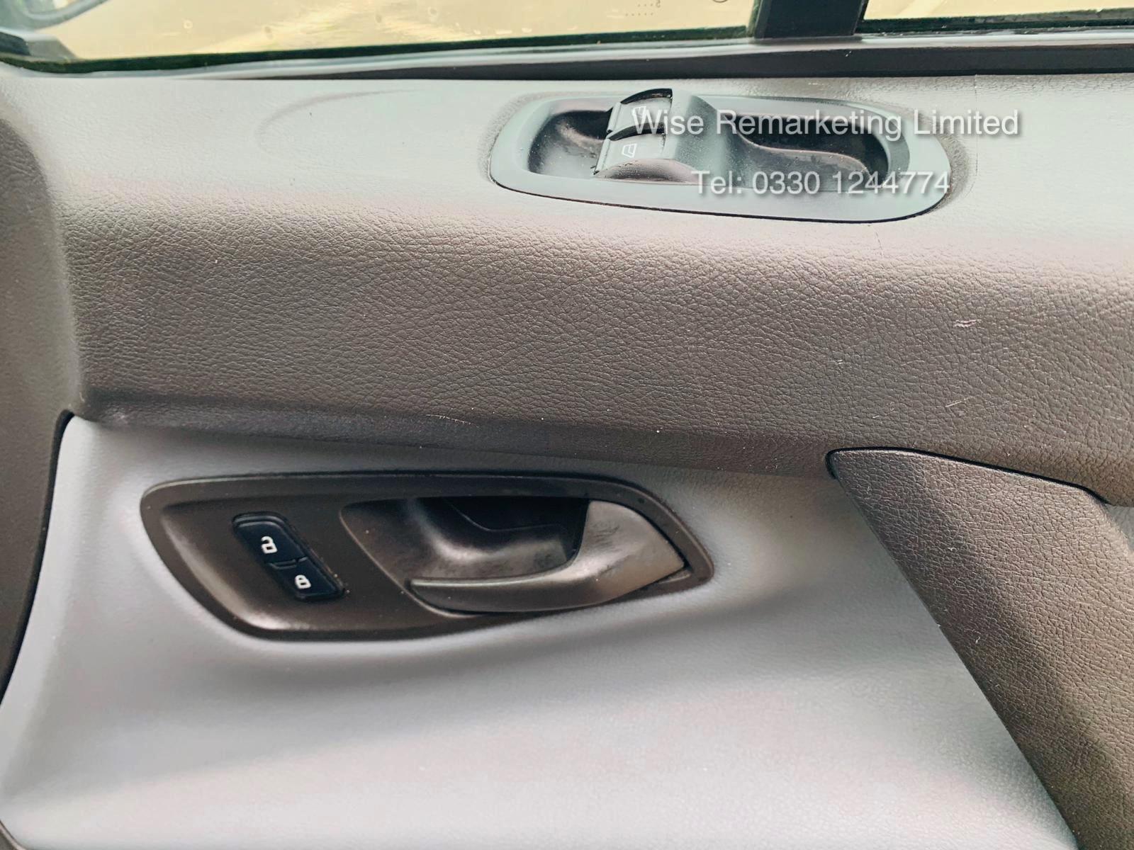 Ford Transit Custom 2.2 TDCI 290 **HIGH ROOF** - 2016 Model - AIR CON- 1 OWNER- FSH- RARE VAN!! - Image 19 of 24