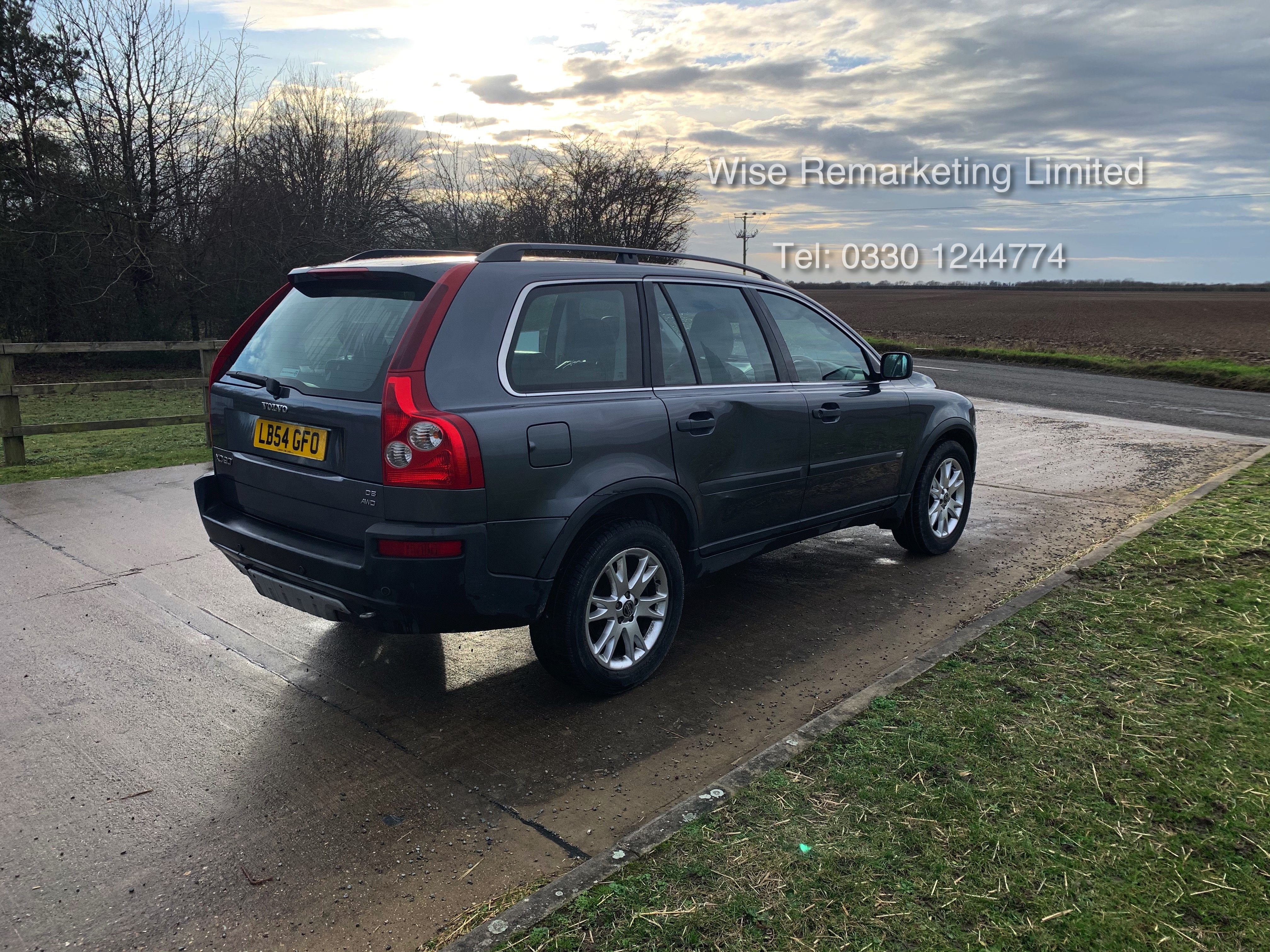 Volvo XC90 D5 2.4 Special Equipment Auto - 2005 Model - 7 Seater - Full Leather - - Image 3 of 21