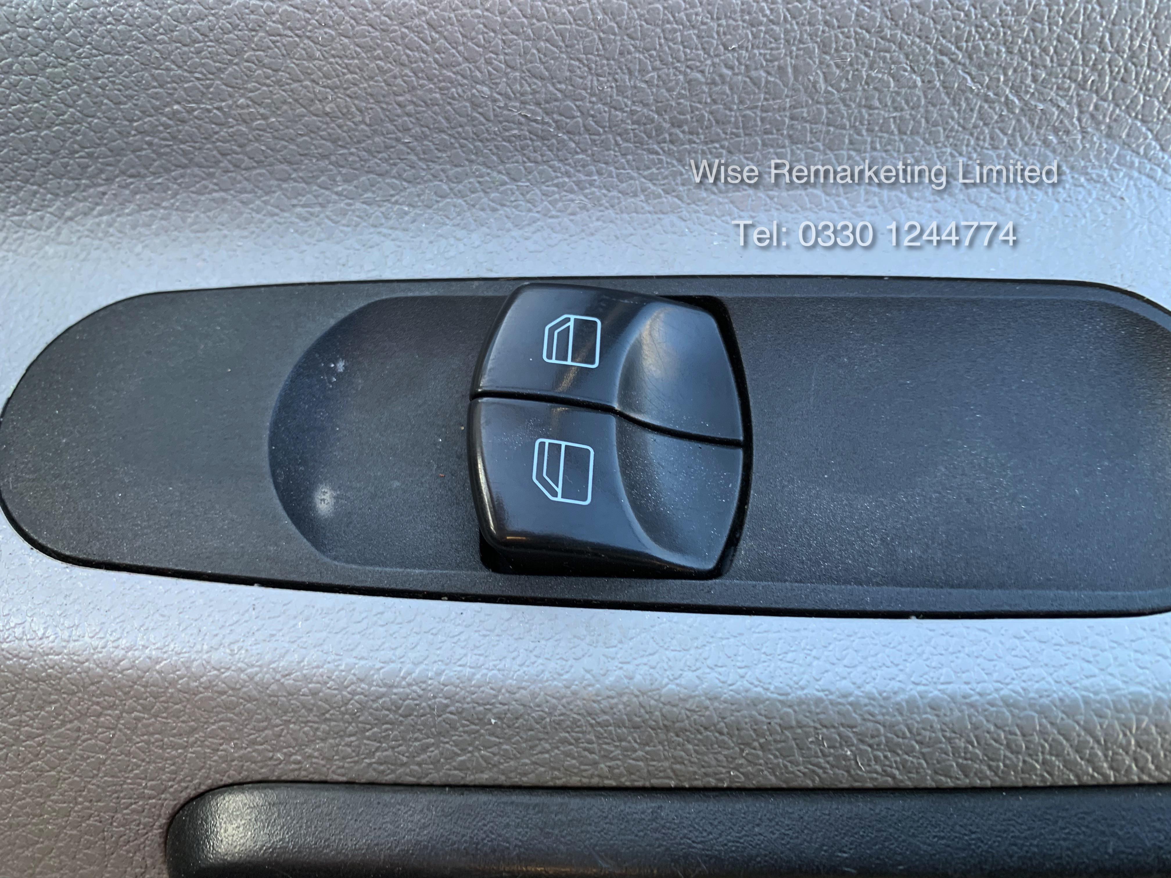 (RESERVE MET) Mercedes Sprinter 316 2.1 CDI Long Wheel Base High Roof Van - 2014 Model - 1 Owner - Image 17 of 19