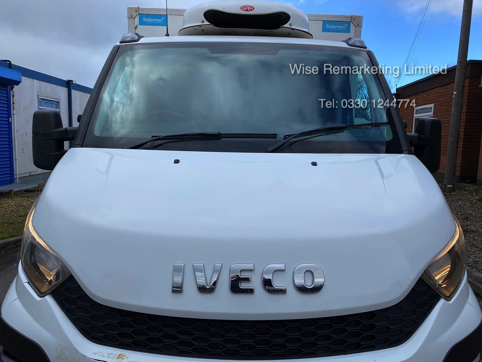 (RESERVE MET) Iveco Daily 35S11 2.3 TD Fridge/Freezer Box Van - 6 Speed - 2015 15 Reg - Image 2 of 17