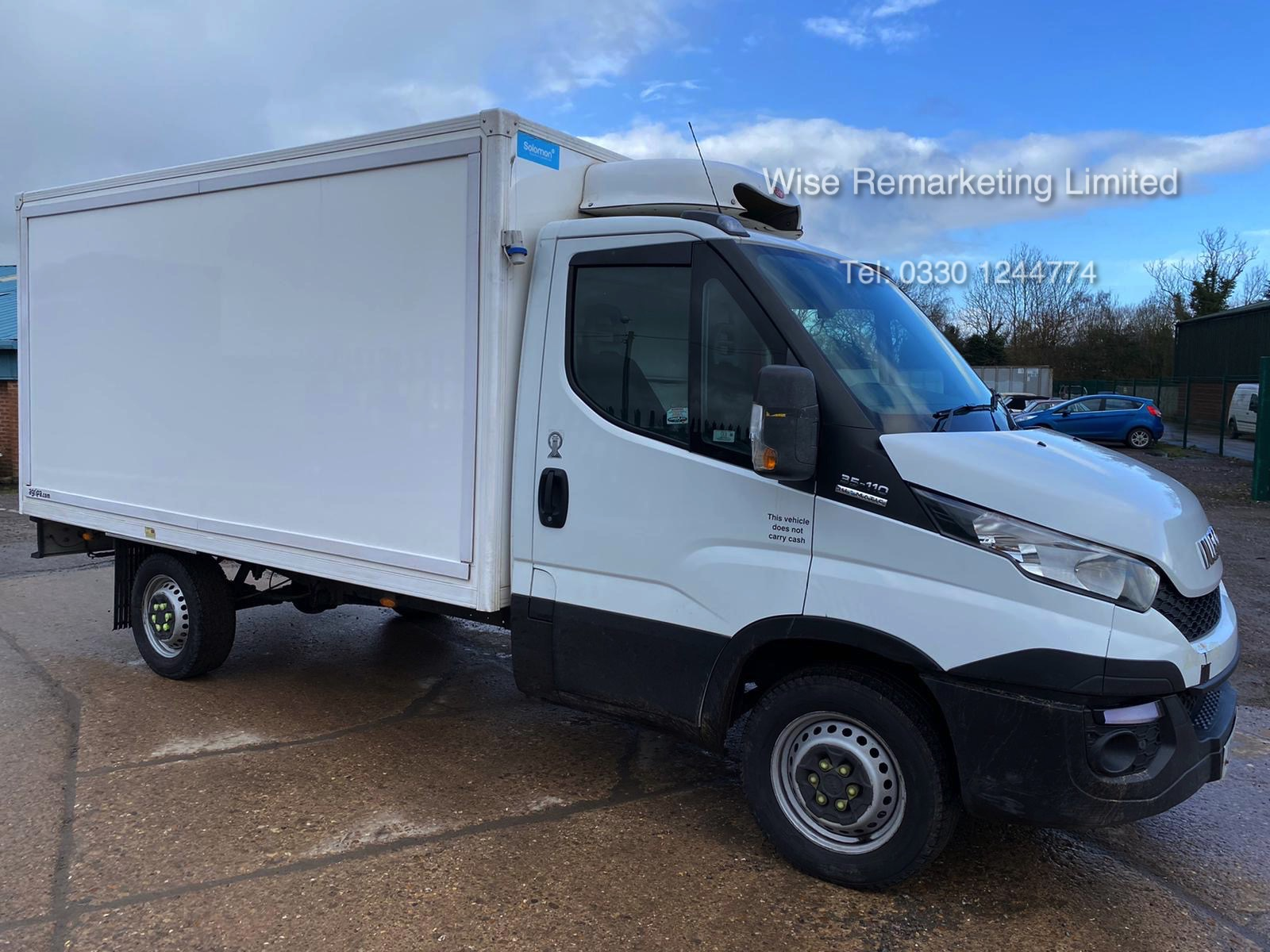 (RESERVE MET) Iveco Daily 35S11 2.3 TD Fridge/Freezer Box Van - 6 Speed - 2015 15 Reg
