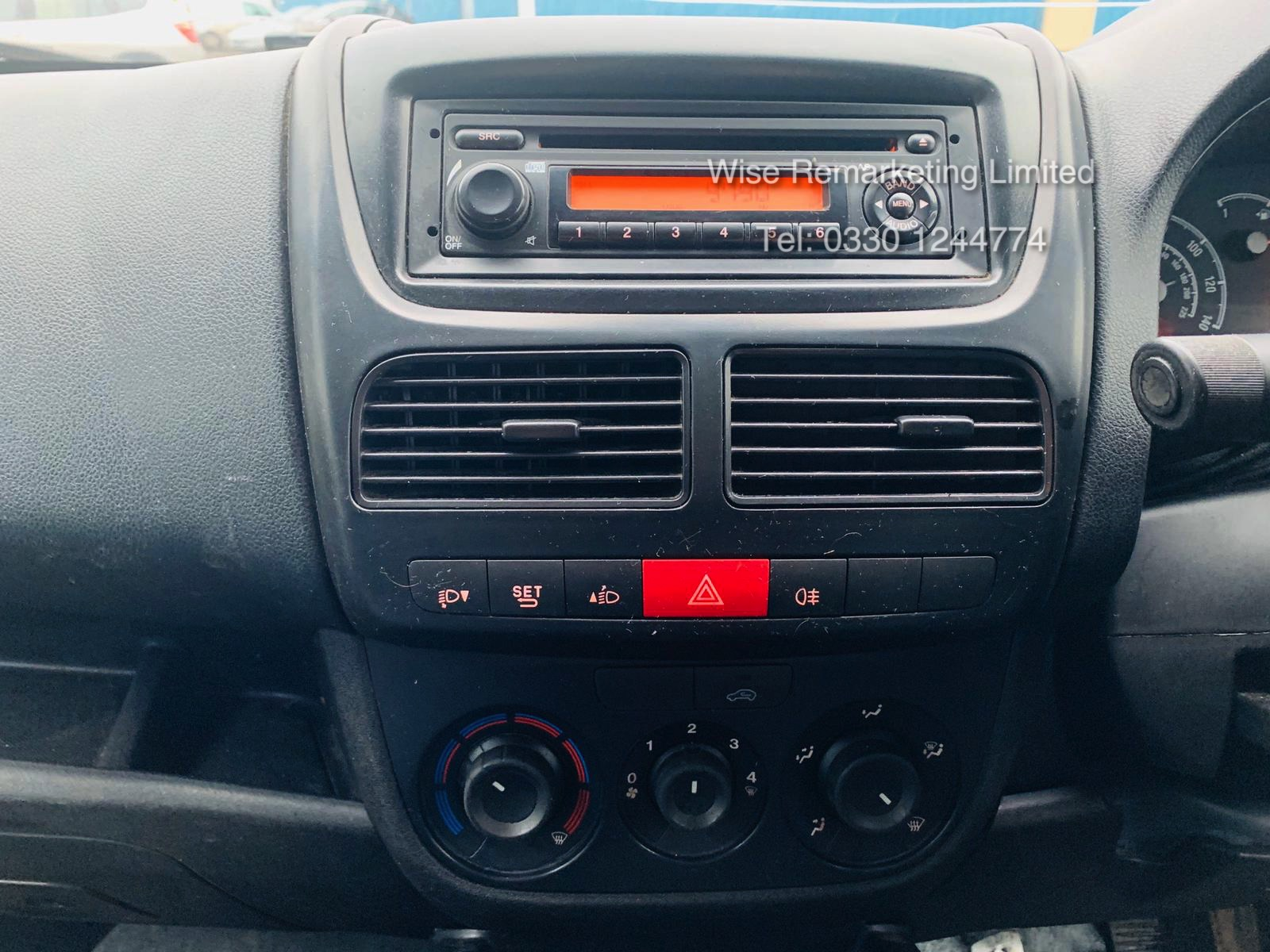 Vauxhall Combo 2300 1.6 CDTI Long - 2016 Model - 1 Keeper From New - Twin Doors - Ply Lined - Image 14 of 21