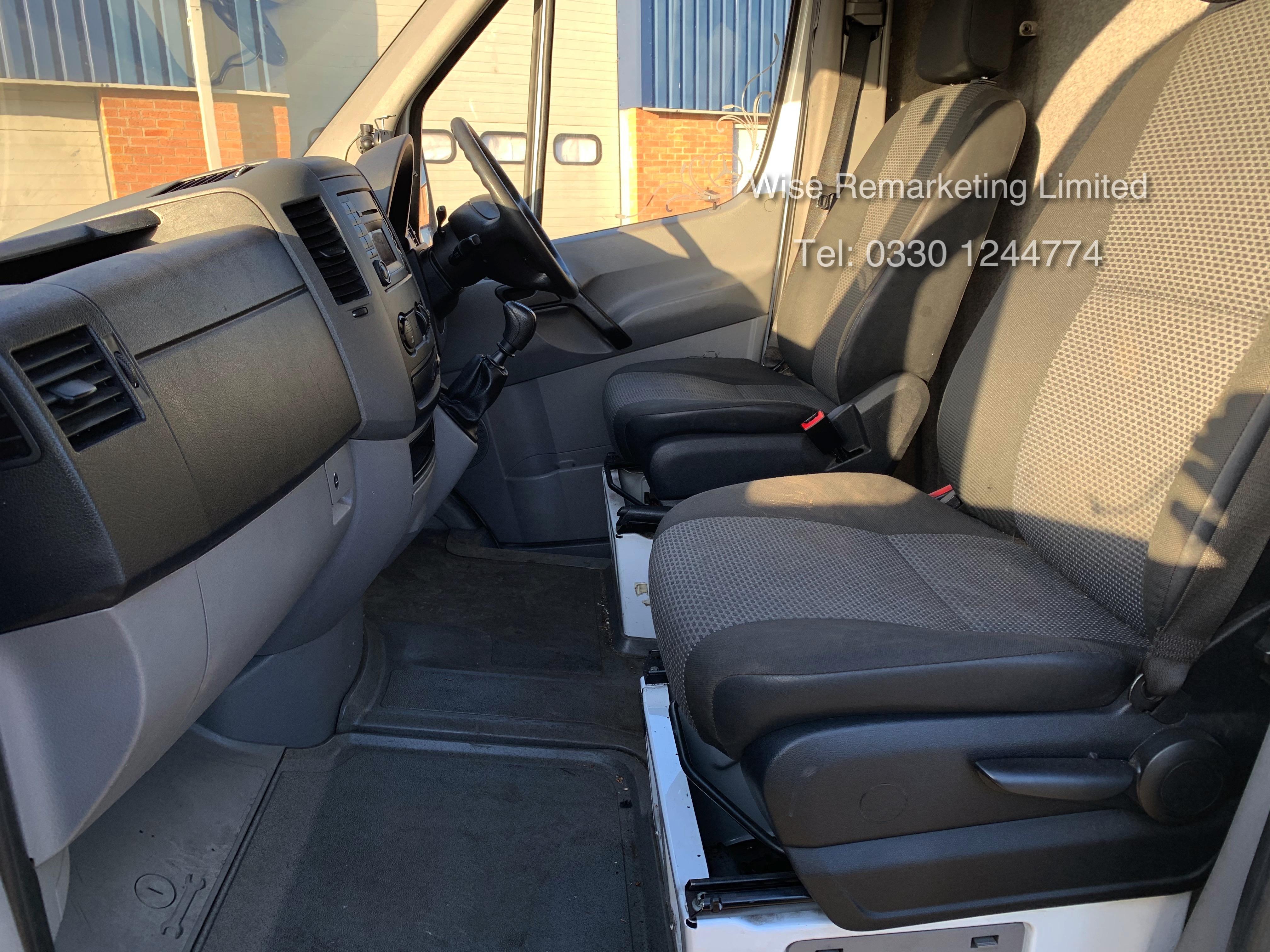 (RESERVE MET) Mercedes Sprinter 316 2.1 CDI Long Wheel Base High Roof Van - 2014 Model - 1 Owner - Image 13 of 19