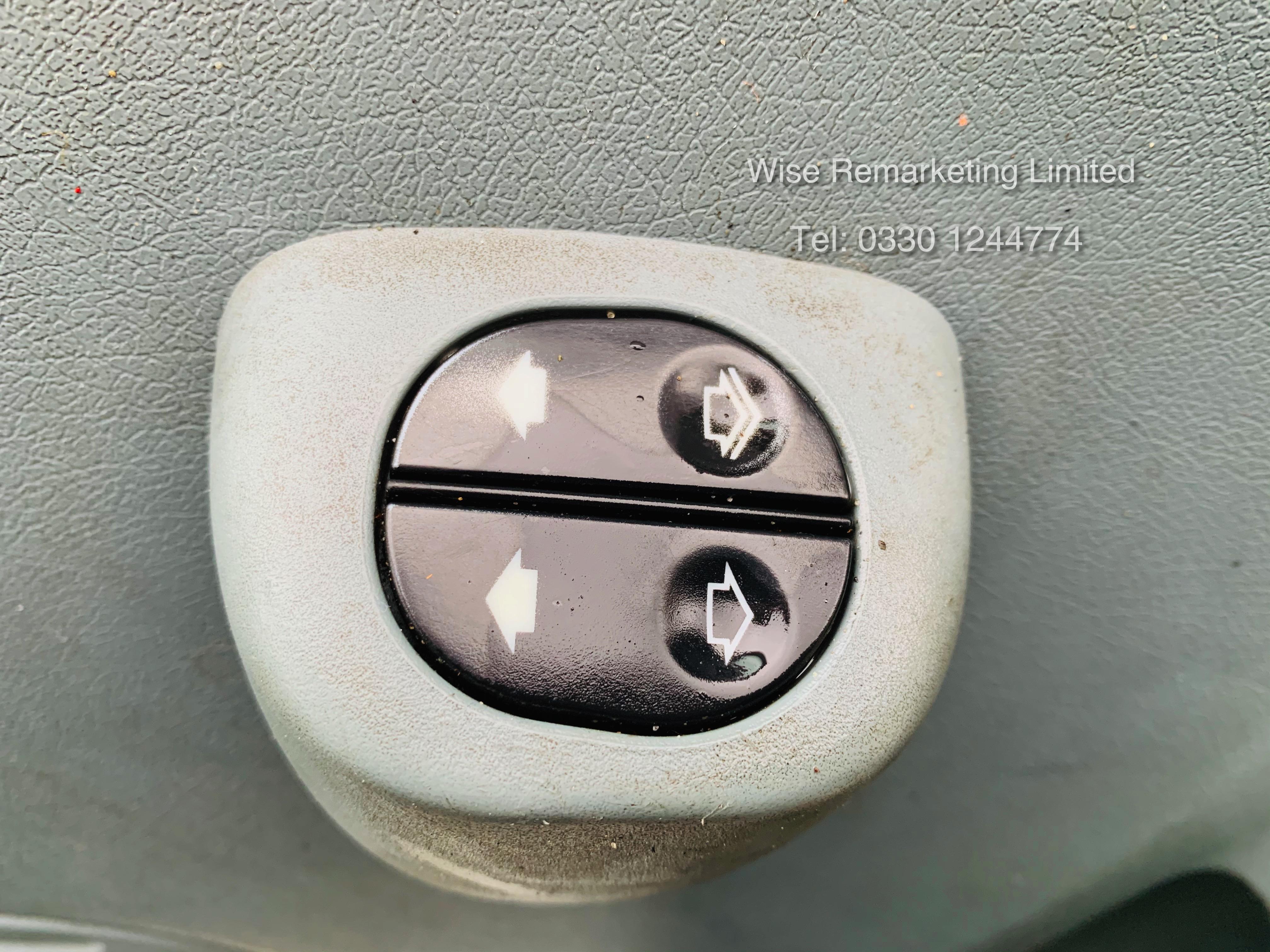 (RESERVE MET) Ford Transit T280 2.2 TDCI Dualliner Crew Van (6 Seater) - 2012 Model - 1 Year MOT - Image 12 of 15