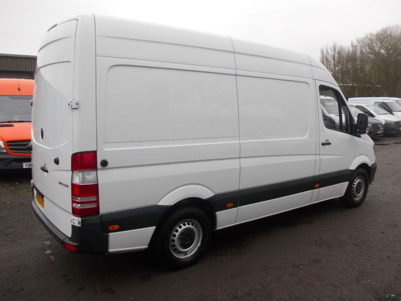 Mercedes Sprinter 313 2.1 CDI (129 BHP) 6 Speed 2015 Model - Image 2 of 5