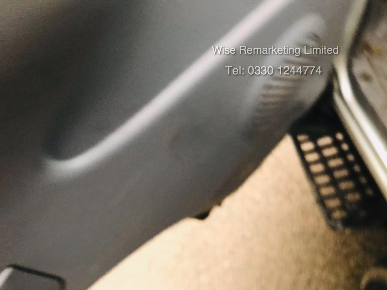 (RESERVE MET) Isuzu NKR 77 Turbo 3.0 DI (130 BHP) Luton - 2007 Reg - Tail Lift - Air Con NO VAT - Image 16 of 20